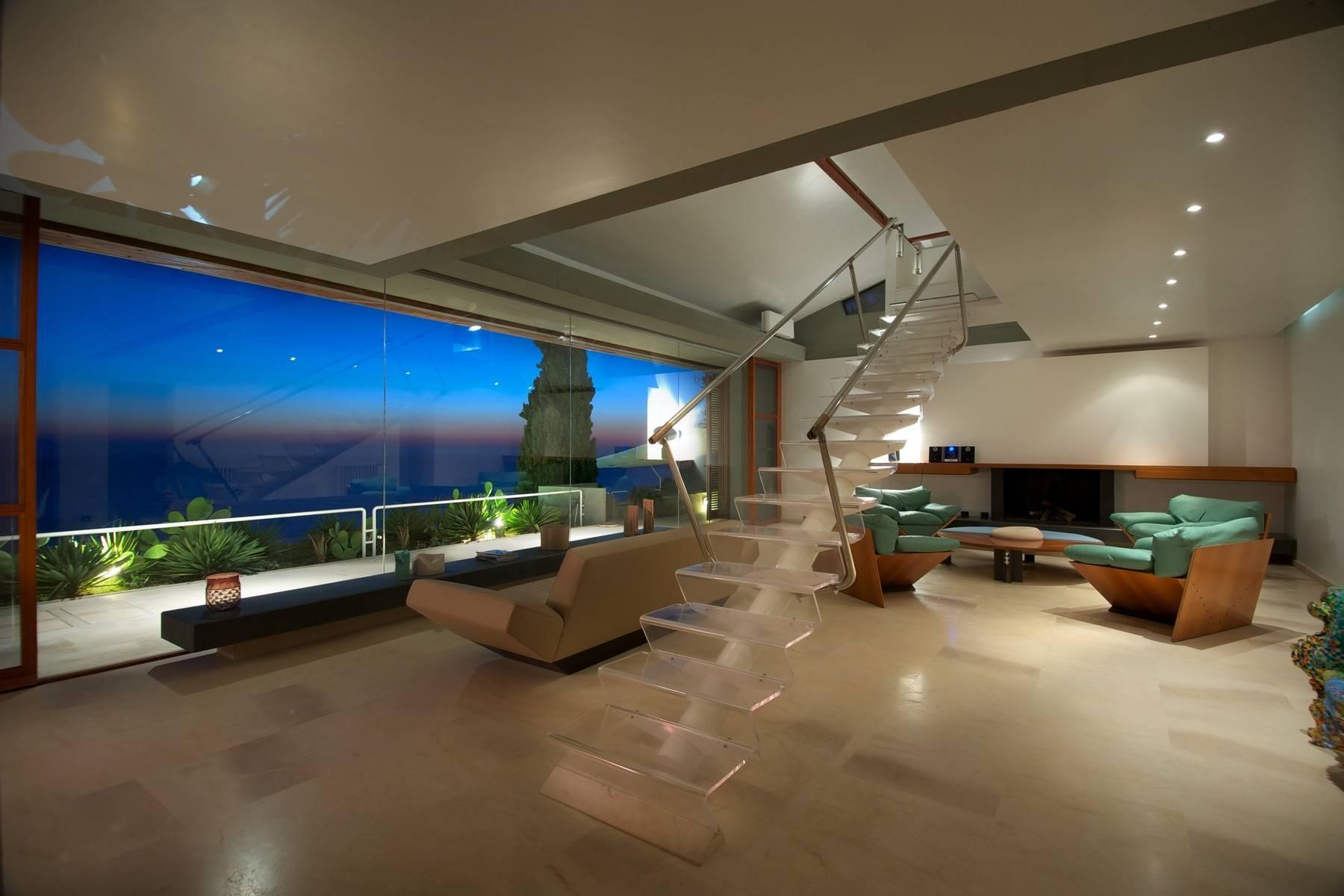 Majestueuse villa contemporaine entre ciel et mer - 2