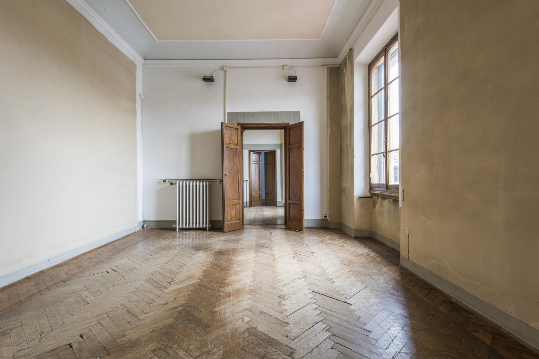 Magnificent 520sqm penthouse in a historic Florentine palazzo. - 17