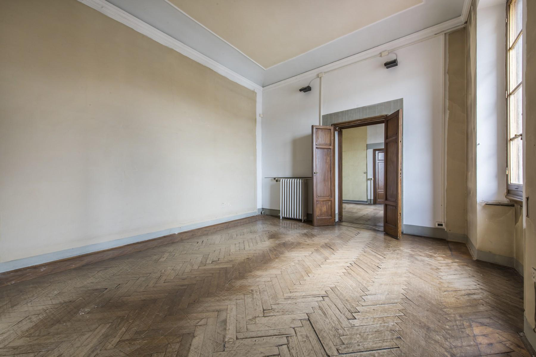 Magnificent 520sqm penthouse in a historic Florentine palazzo. - 16