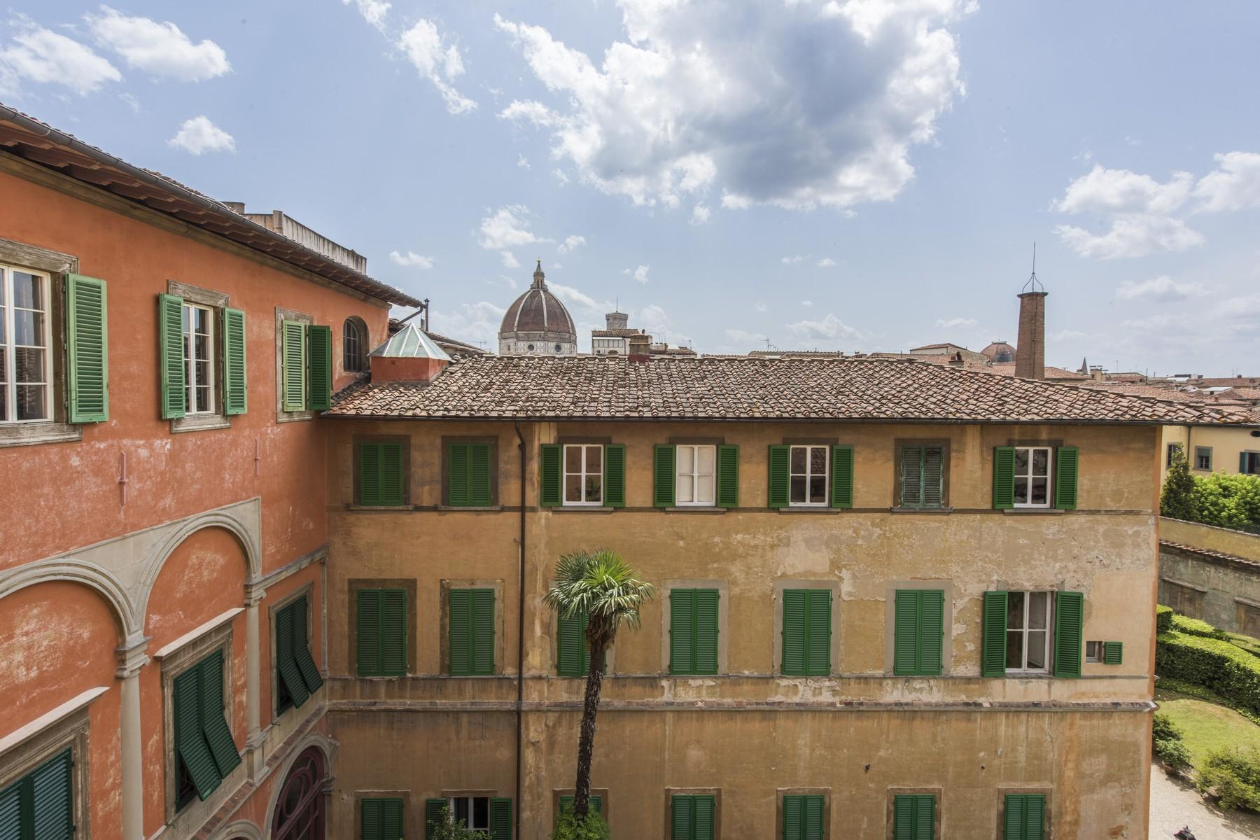 Magnificent 520sqm penthouse in a historic Florentine palazzo. - 13
