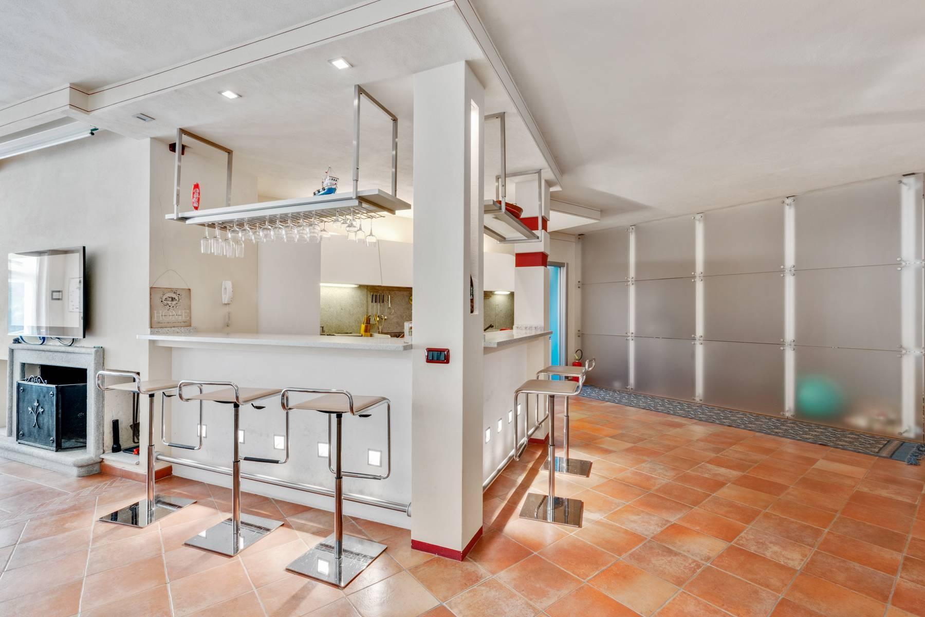 Prestigious Villa in a splendid private park of over four hectares - 12