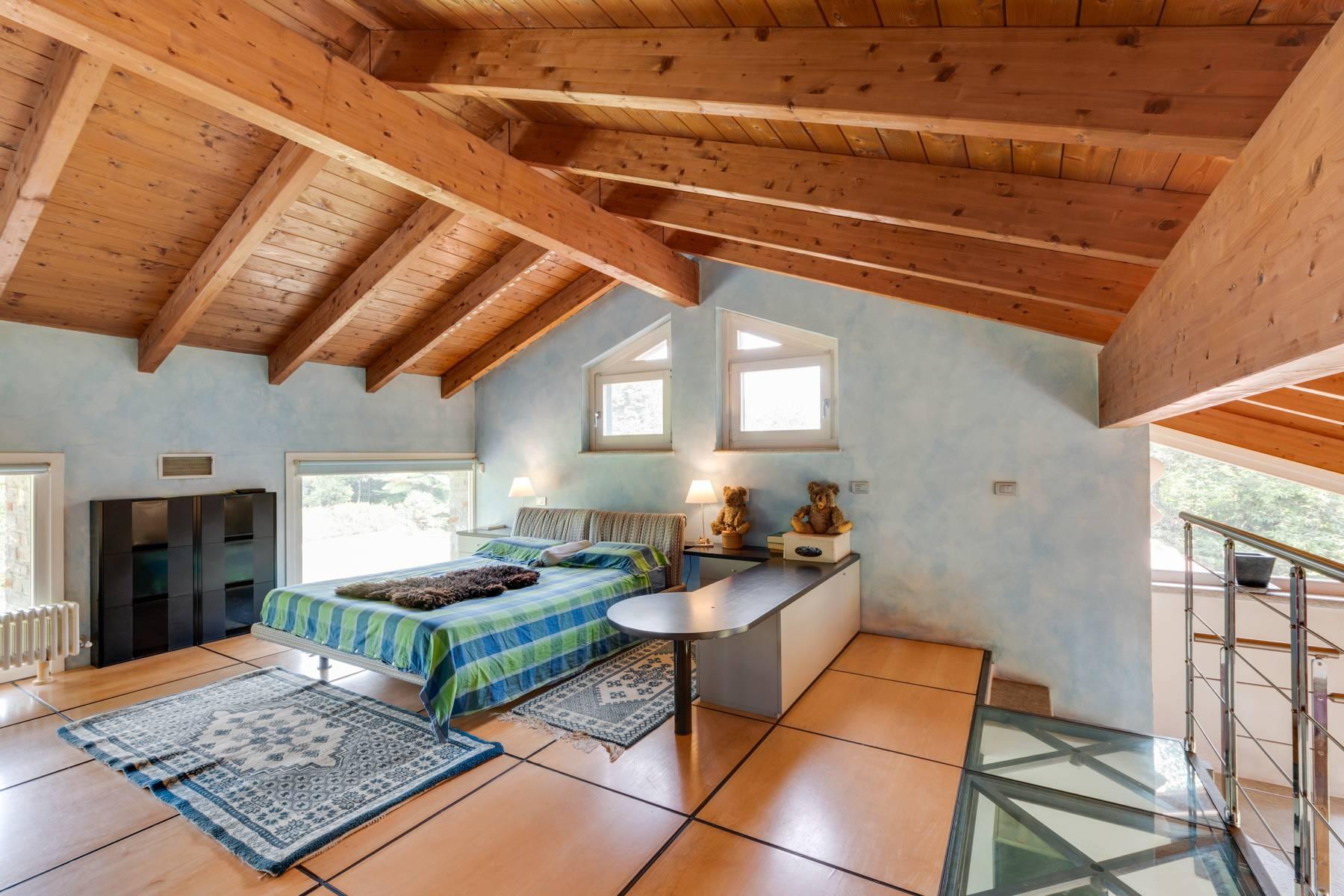 Prestigious Villa in a splendid private park of over four hectares - 10