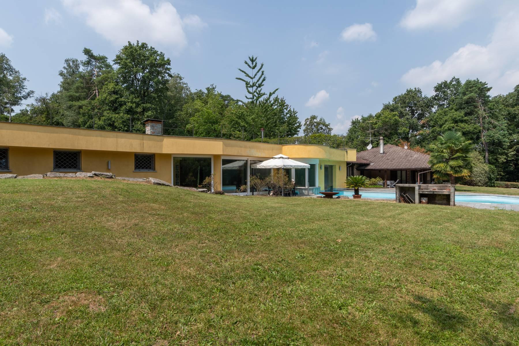 Prestigious Villa in a splendid private park of over four hectares - 32