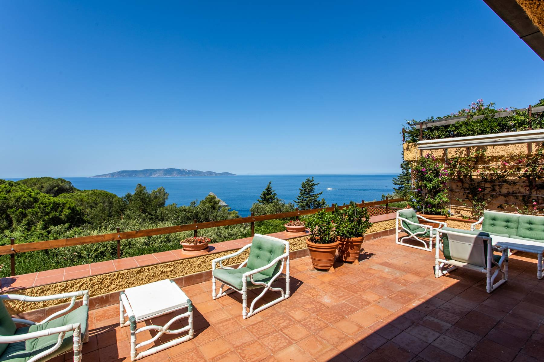 Wonderful property on the coast of Monte Argentario - 11