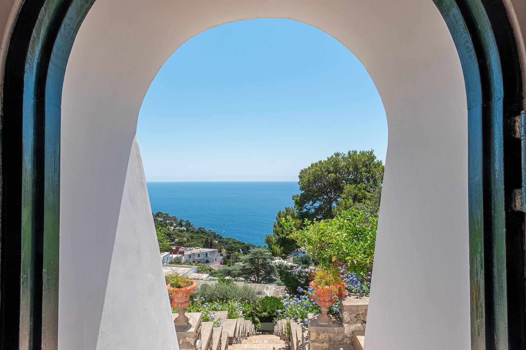 Superbe villa avec piscine donnant sur Capri et la mer - 19
