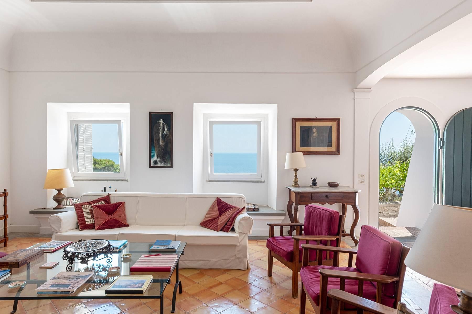 Superbe villa avec piscine donnant sur Capri et la mer - 9