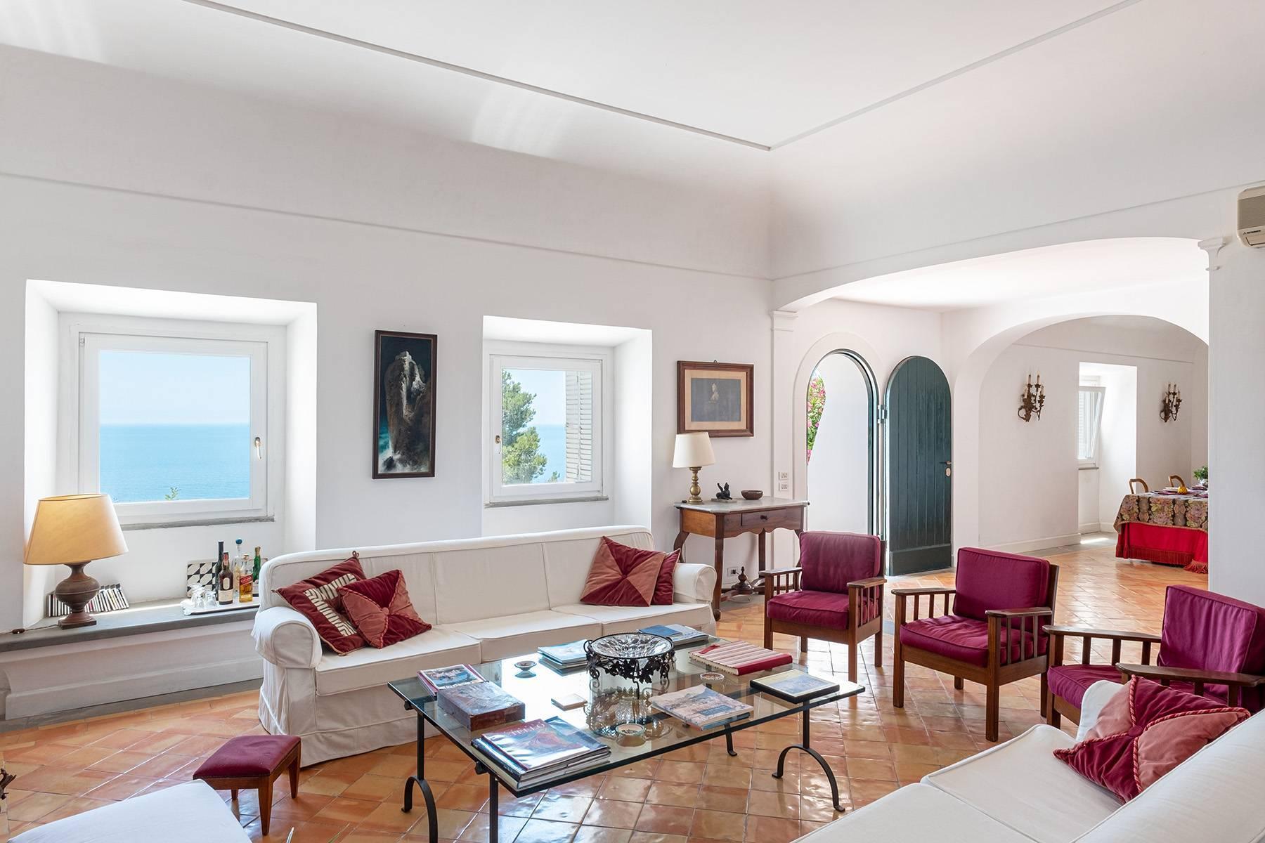 Superbe villa avec piscine donnant sur Capri et la mer - 10