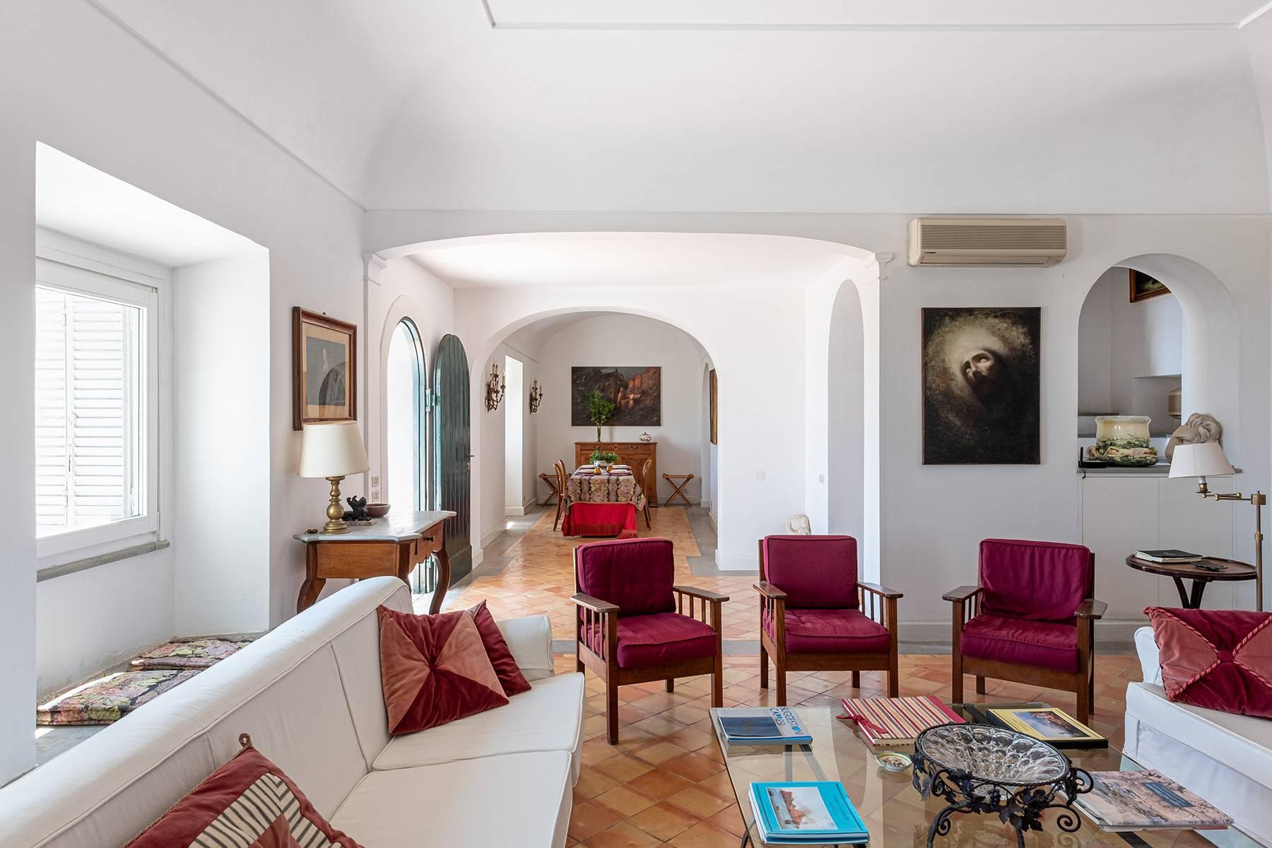 Superbe villa avec piscine donnant sur Capri et la mer - 12