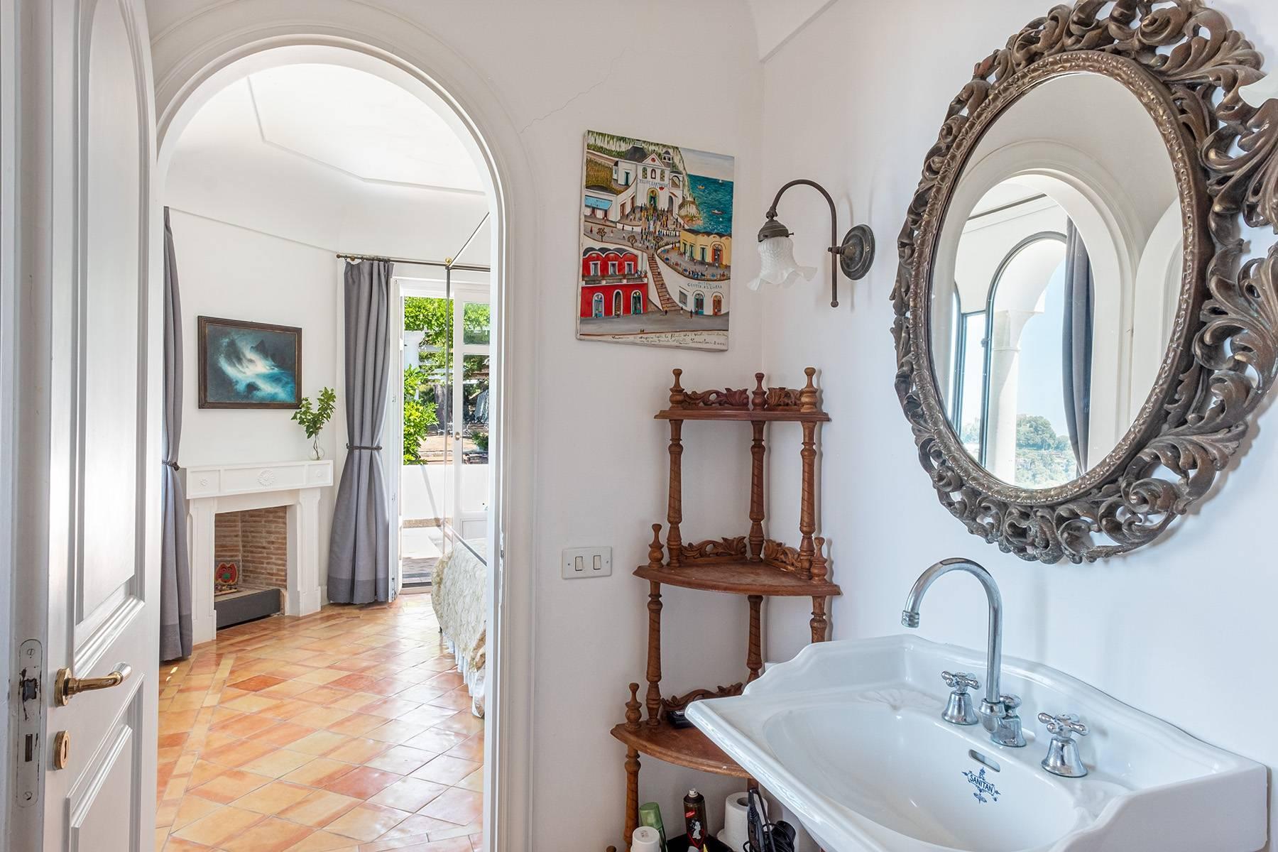 Superbe villa avec piscine donnant sur Capri et la mer - 22