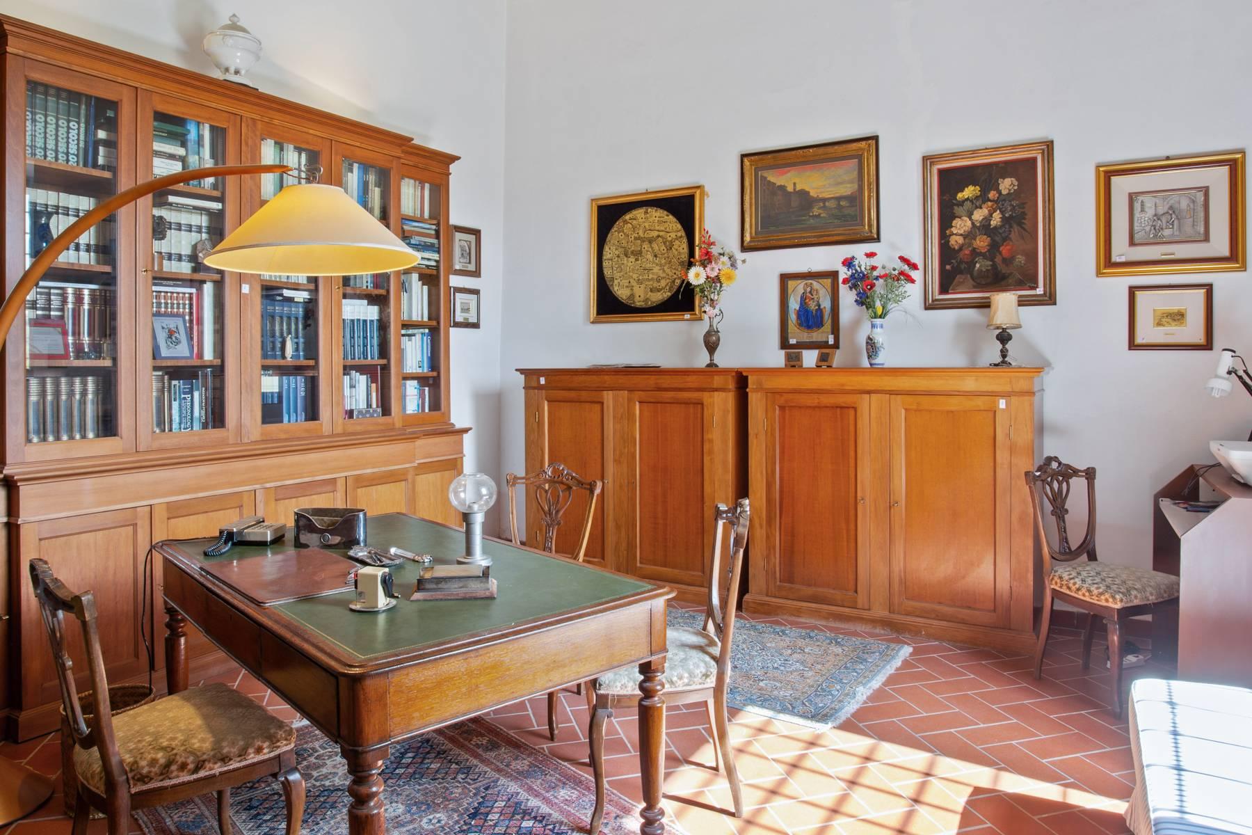 Schöne Wohnung in historischer Villa aus dem 16. Jahrhundert mit Garten - 6