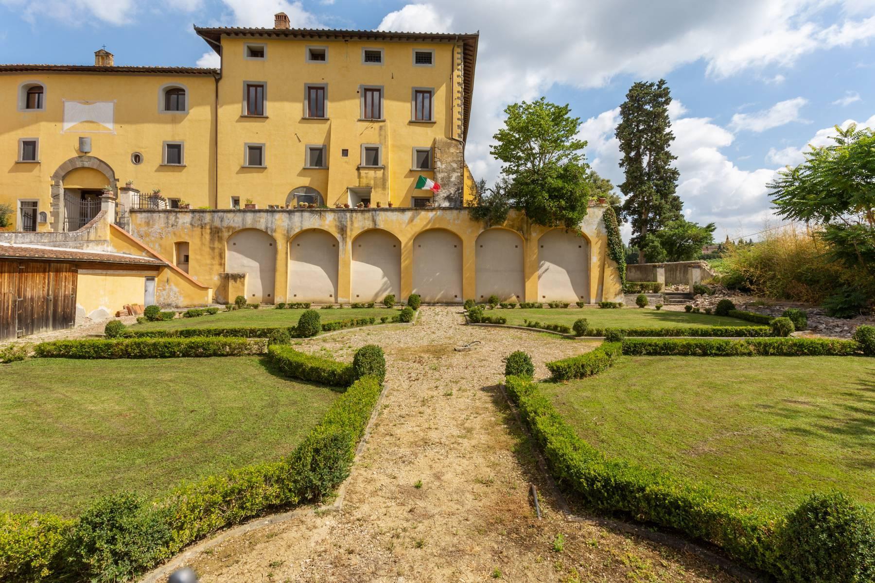 Schöne Wohnung in historischer Villa aus dem 16. Jahrhundert mit Garten - 18