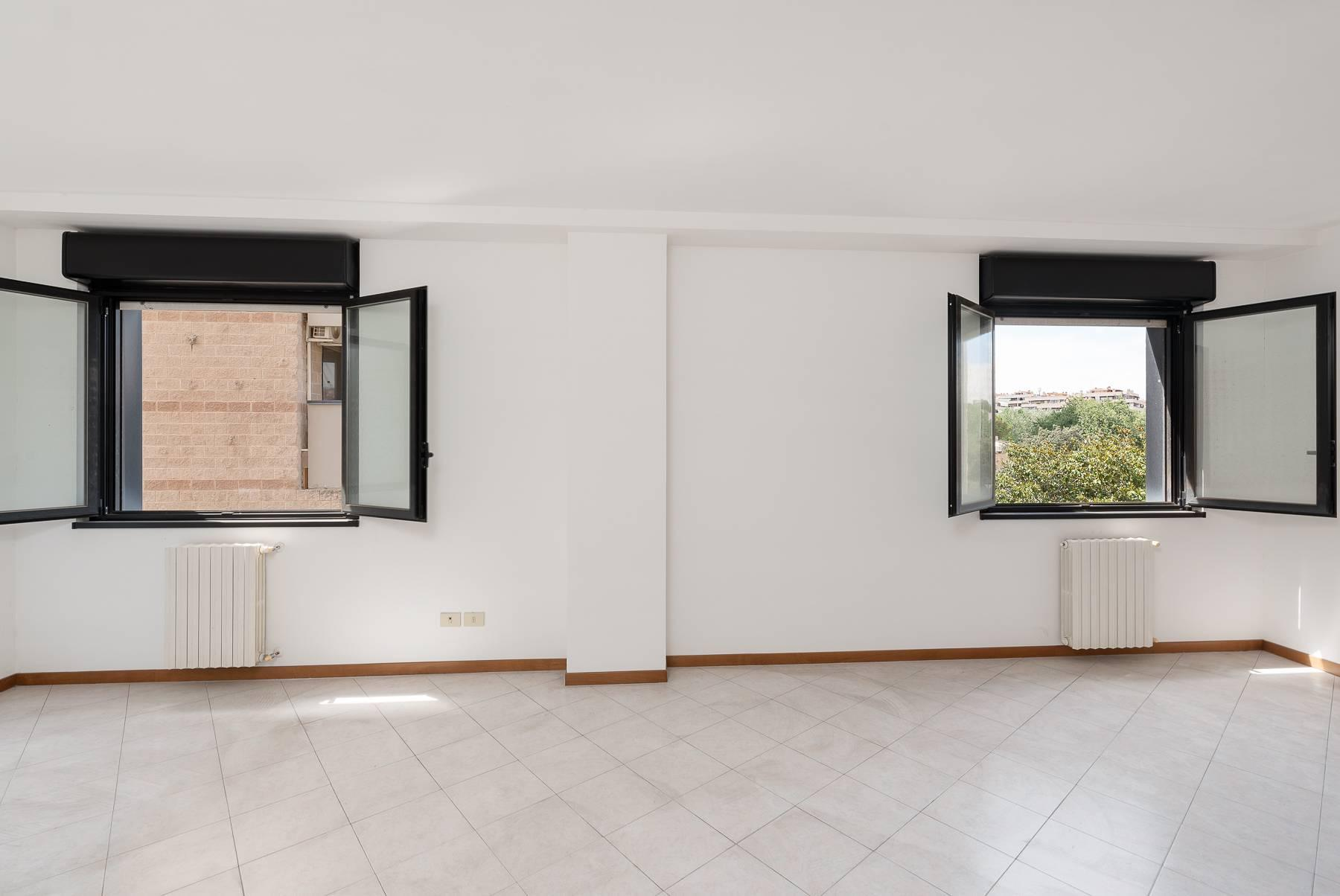 Bright apartment in a residential complex - 4