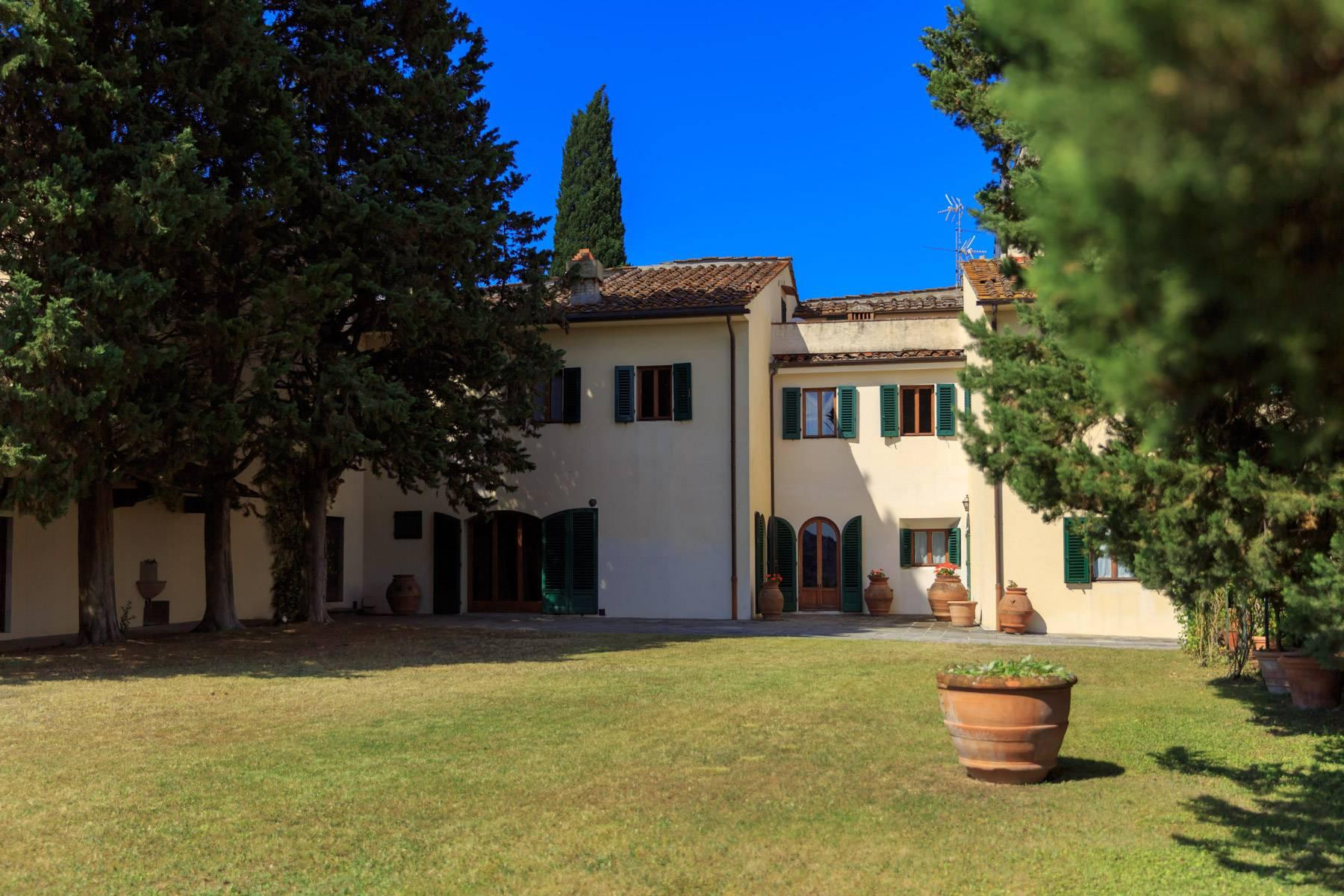 Large period villa with olive grove at 10 minutes' drive from Florence - 5