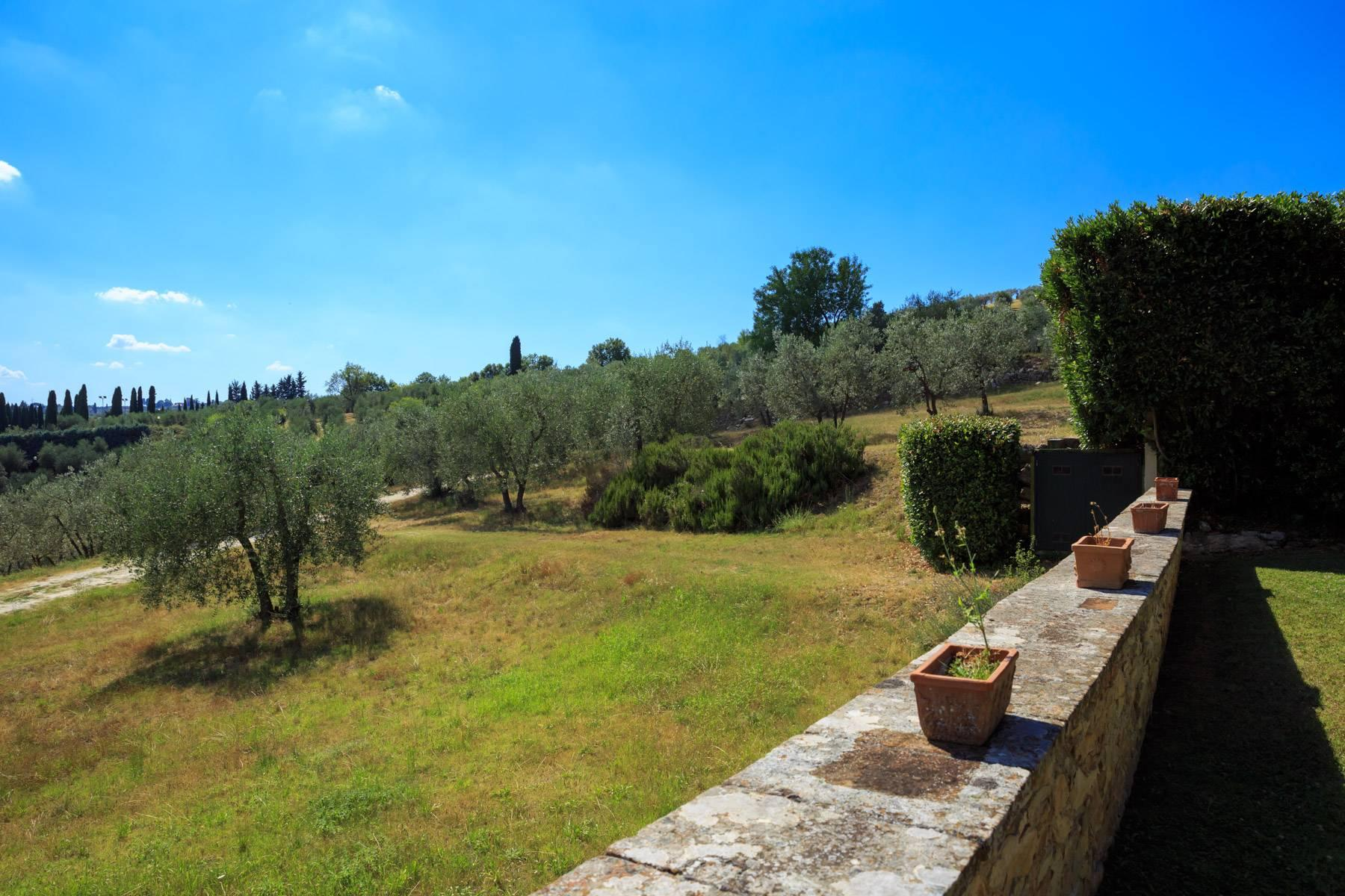 Large period villa with olive grove at 10 minutes' drive from Florence - 11