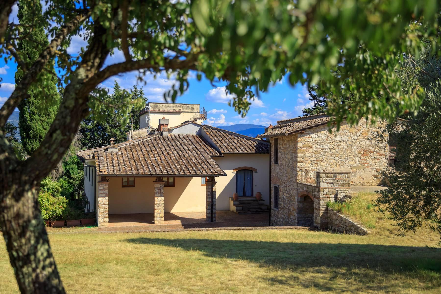 Large period villa with olive grove at 10 minutes' drive from Florence - 10