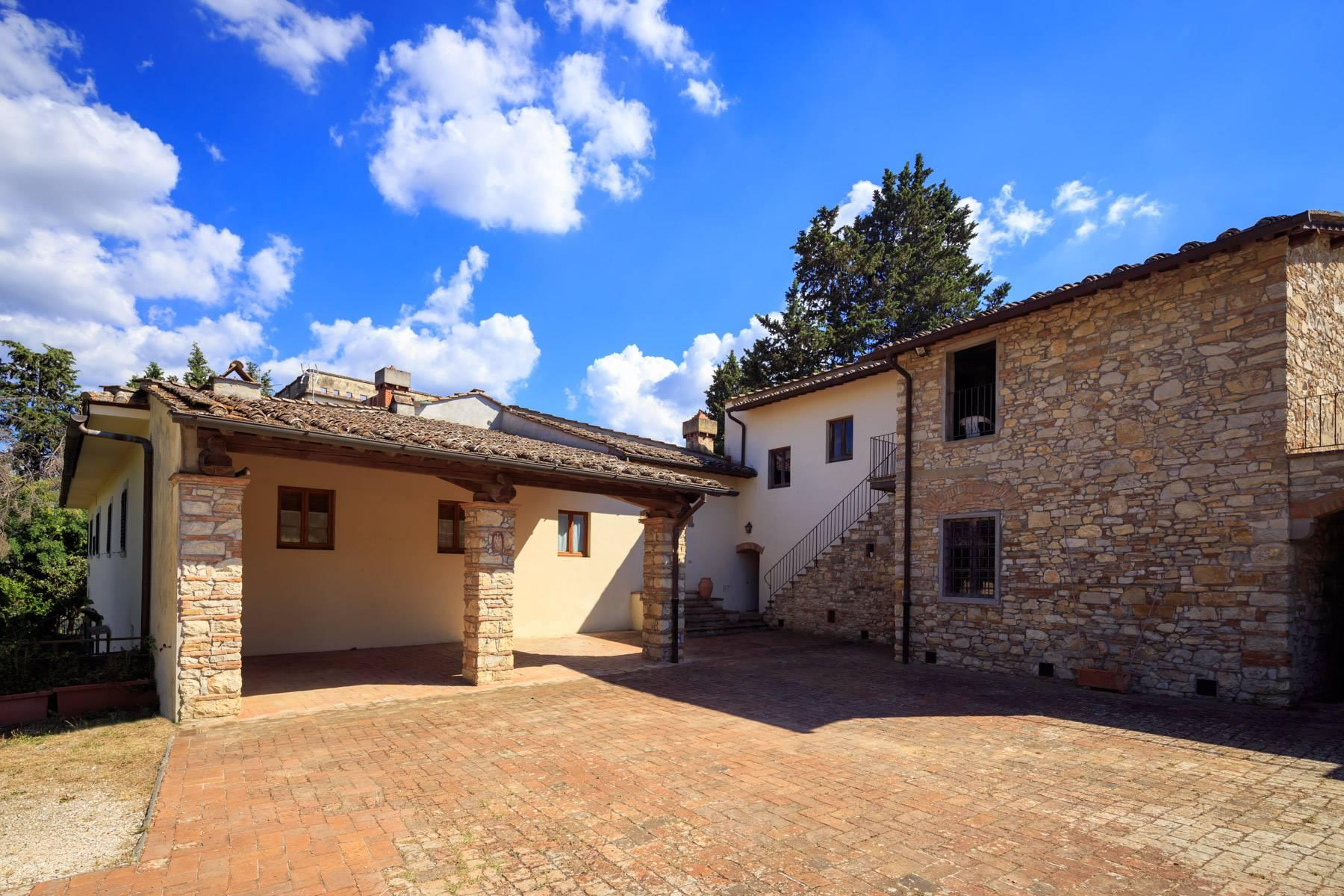 Large period villa with olive grove at 10 minutes' drive from Florence - 17
