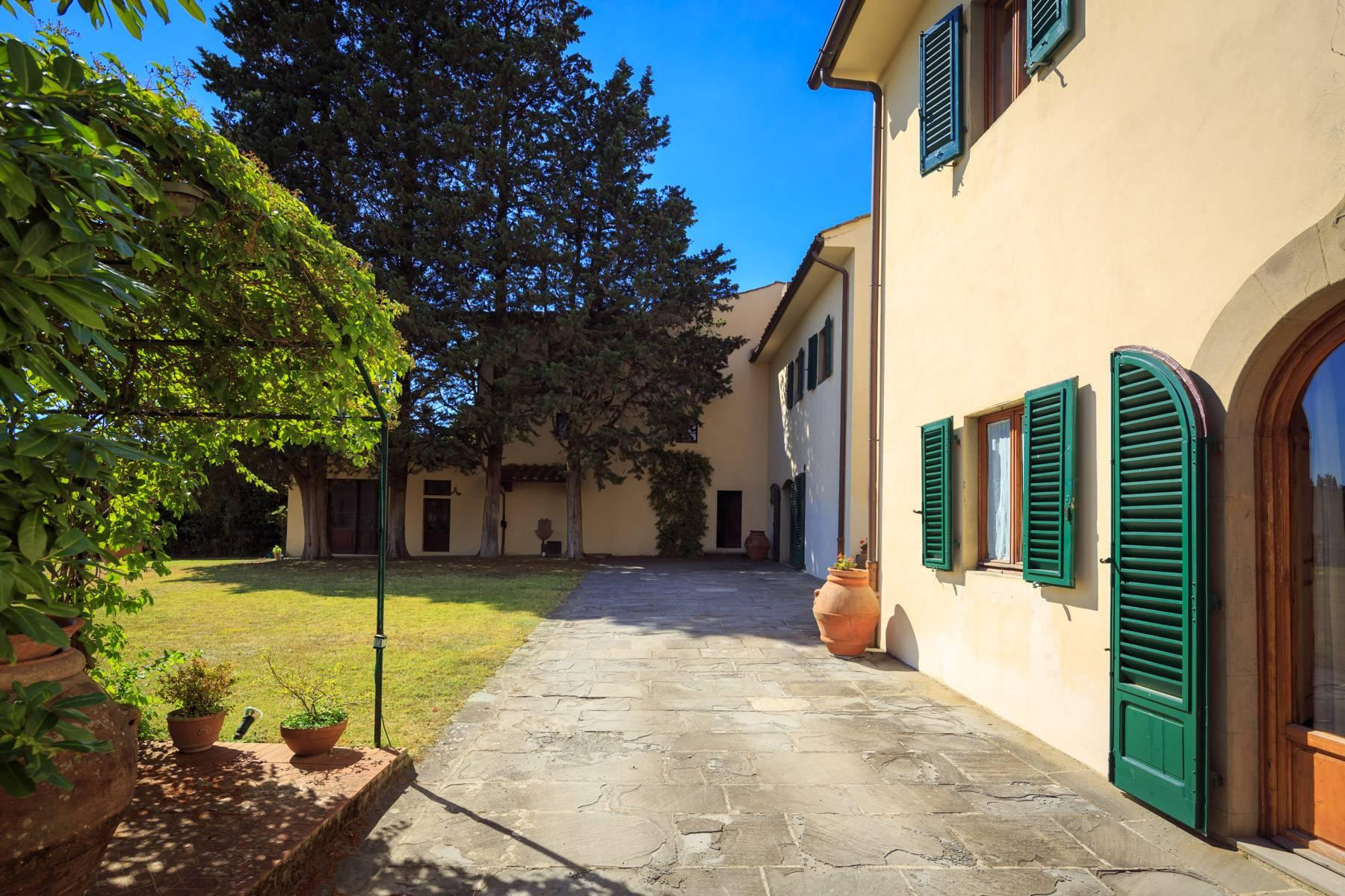 Large period villa with olive grove at 10 minutes' drive from Florence - 9
