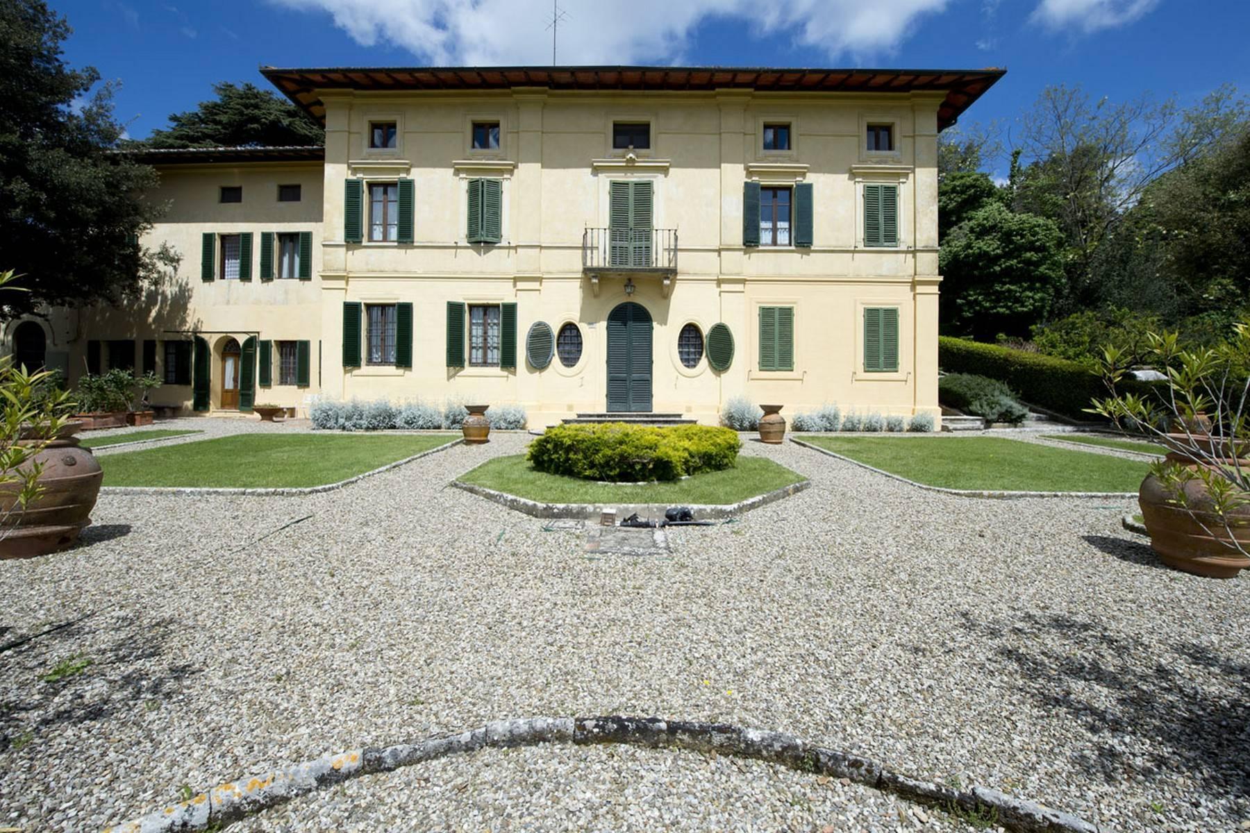 Villa aristocratique à vendre sur les collines de Sienne - 1