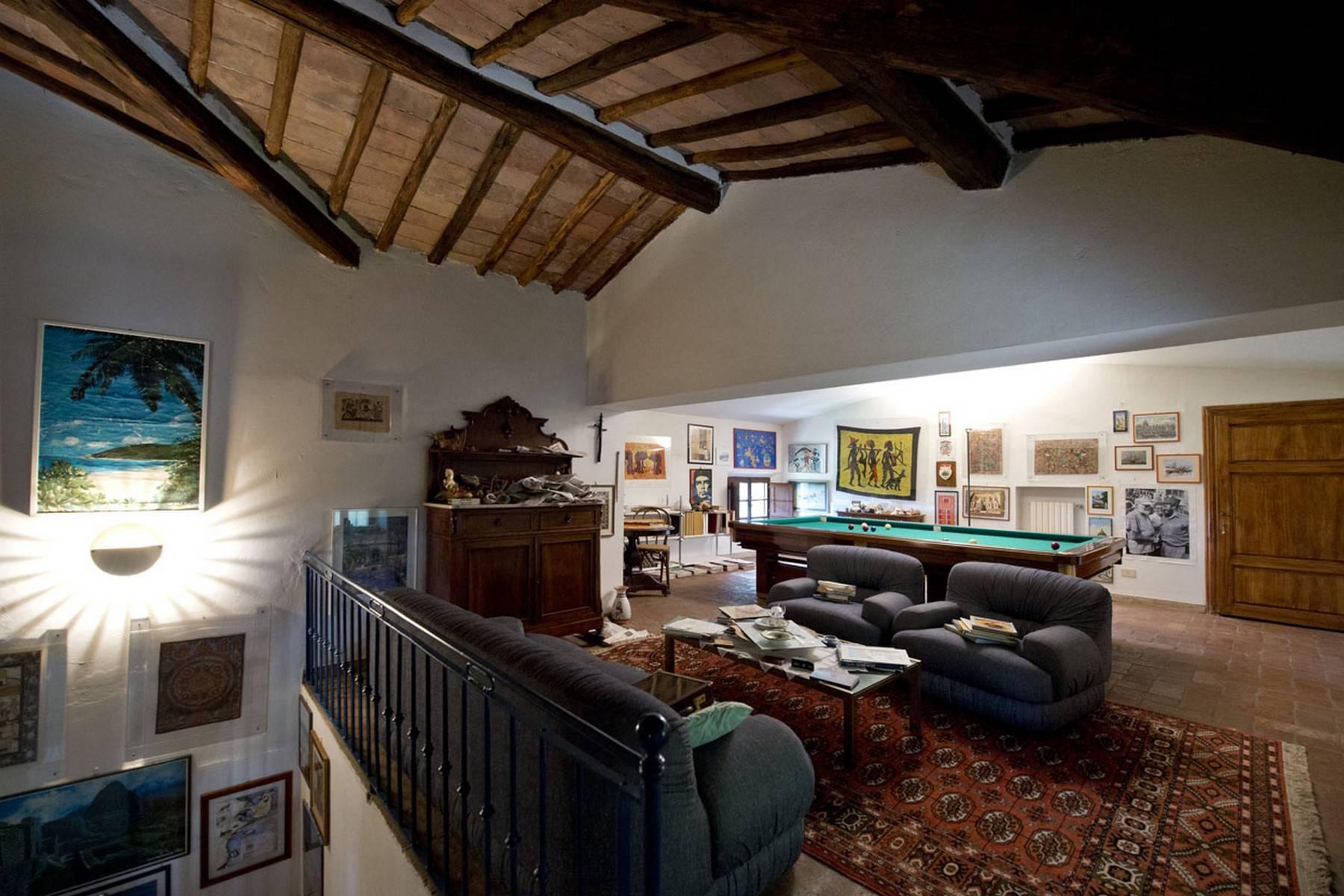 Villa aristocratique à vendre sur les collines de Sienne - 17