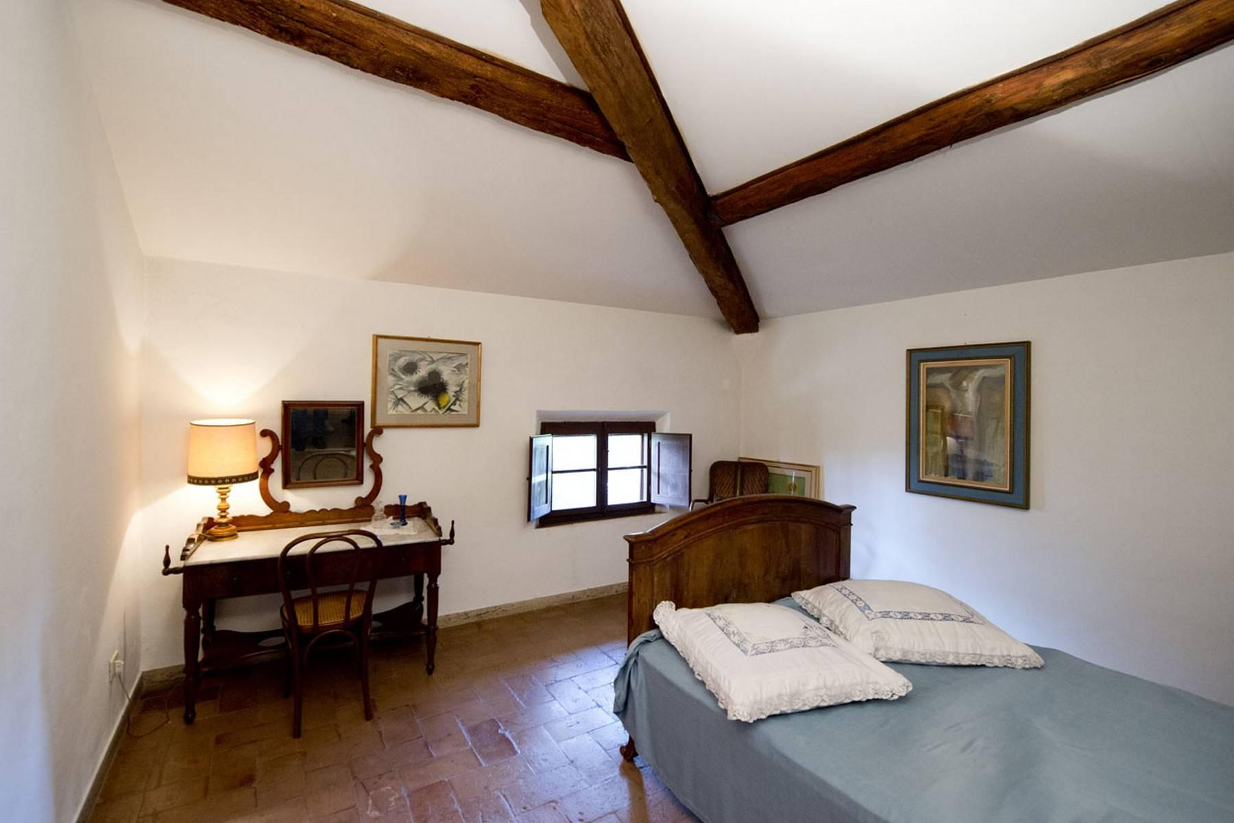 Aristocratic Villa for Sale on the Hills of Siena - 19