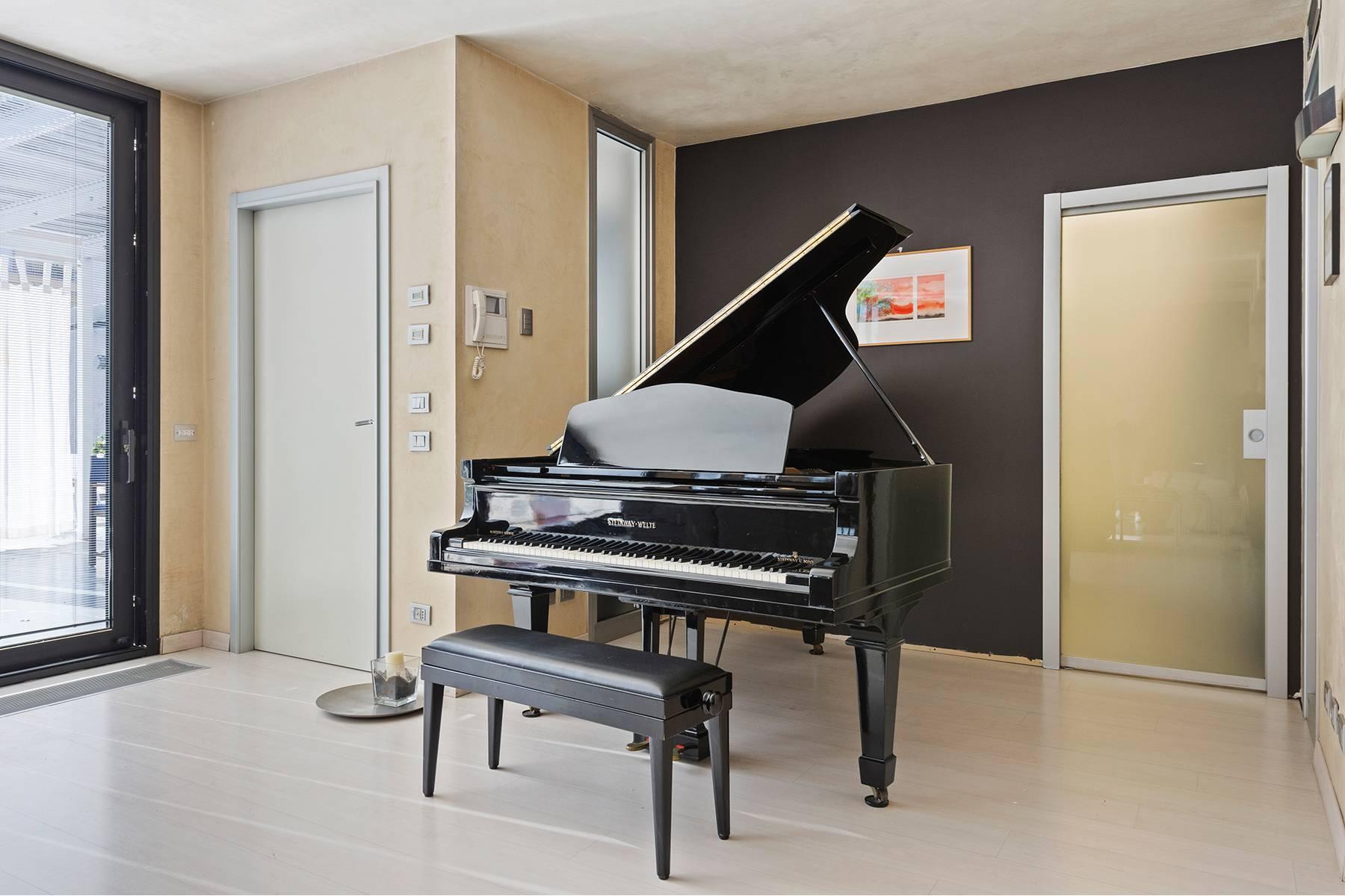 Elegant and bright apartment - 15