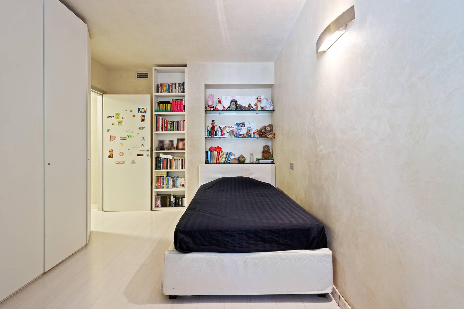 Elegant and bright apartment - 11