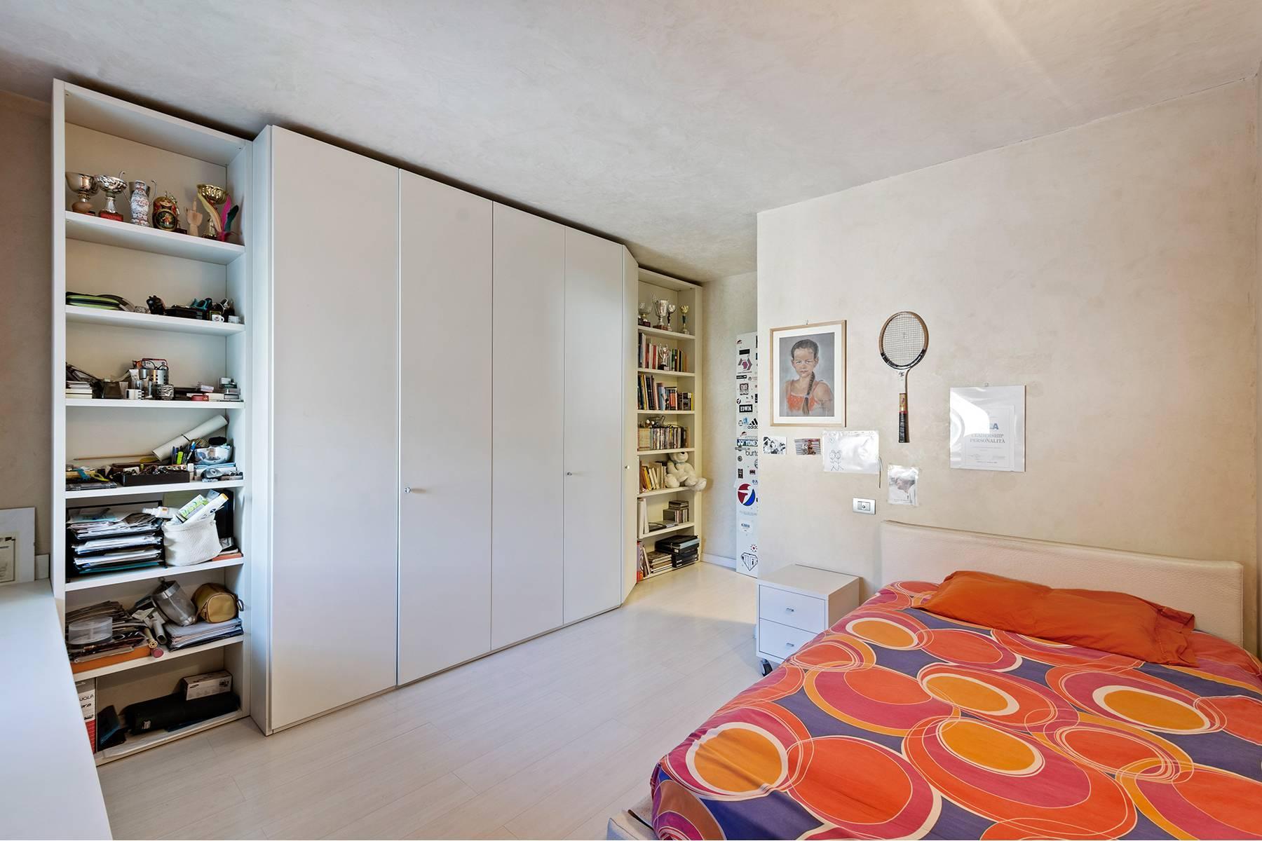 Elegant and bright apartment - 17