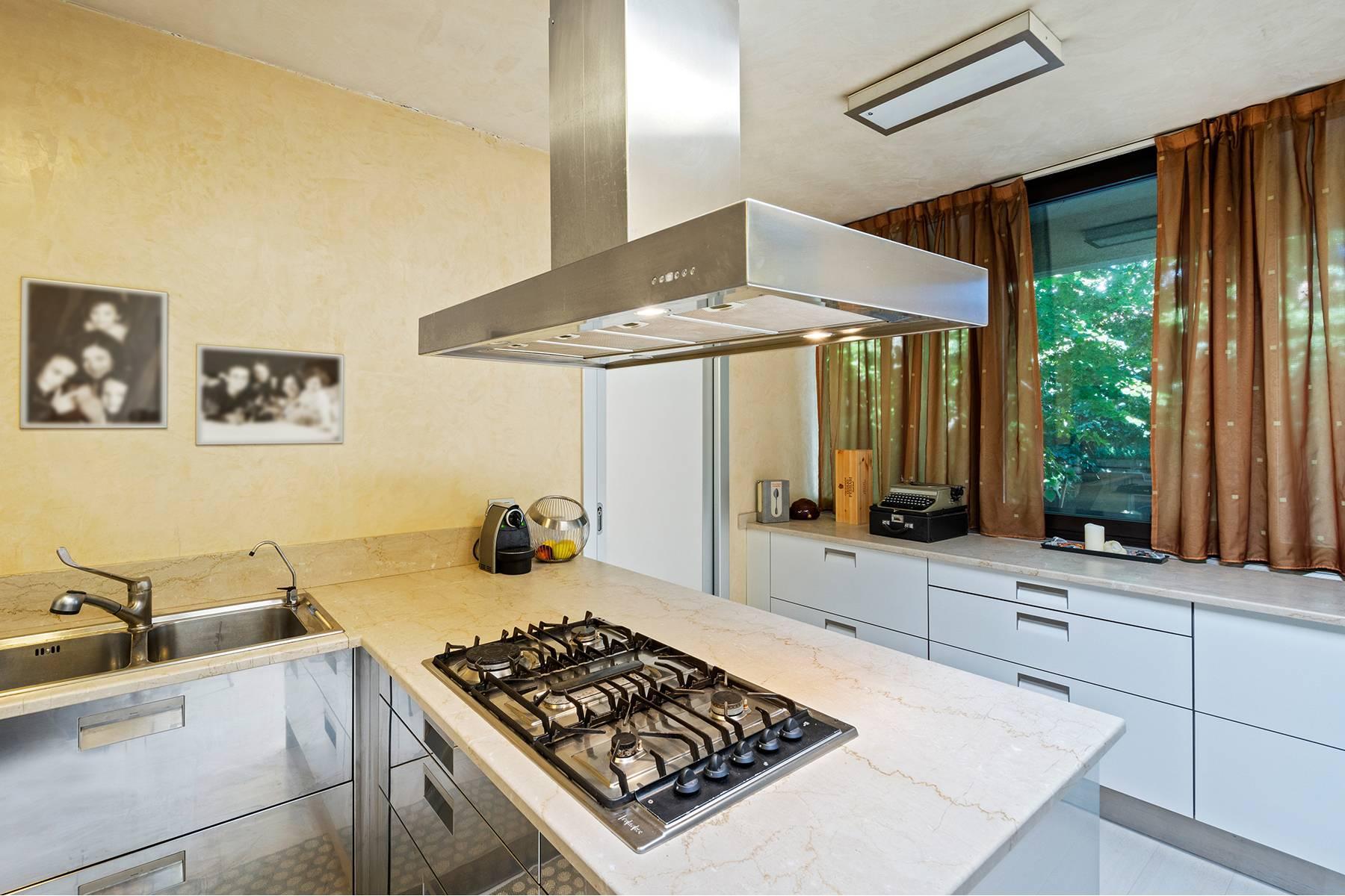 Elegant and bright apartment - 23