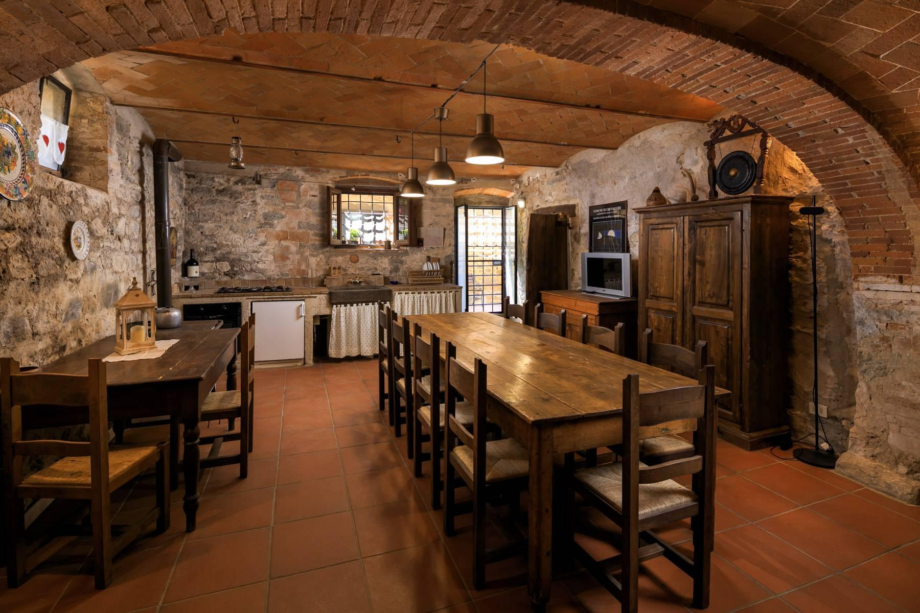 Beautiful Hamlet with an Ancient-Mill in the heart of the Arno Valley - 8