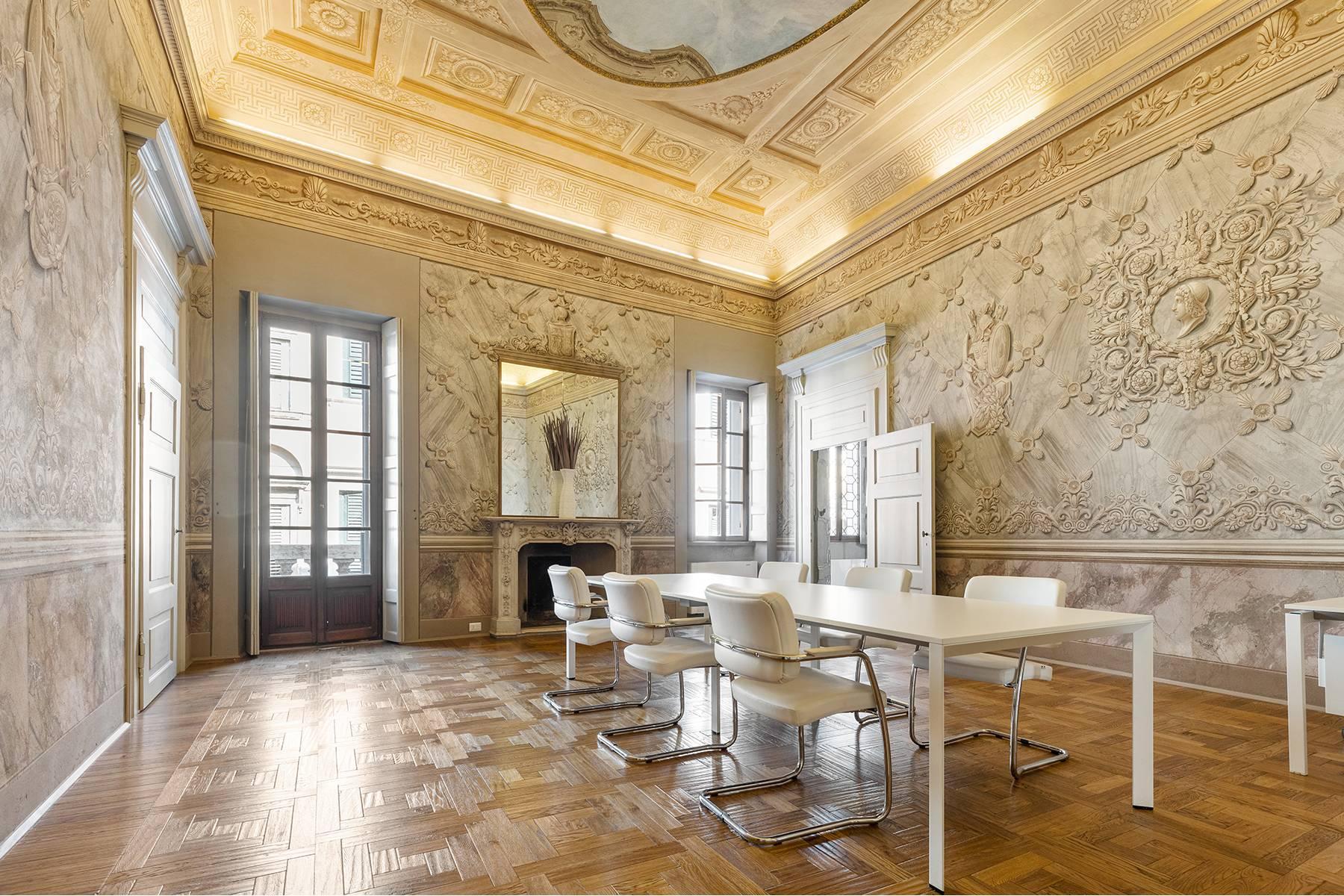 Magnifico Piano nobile affrescato in centro a Verona - 4
