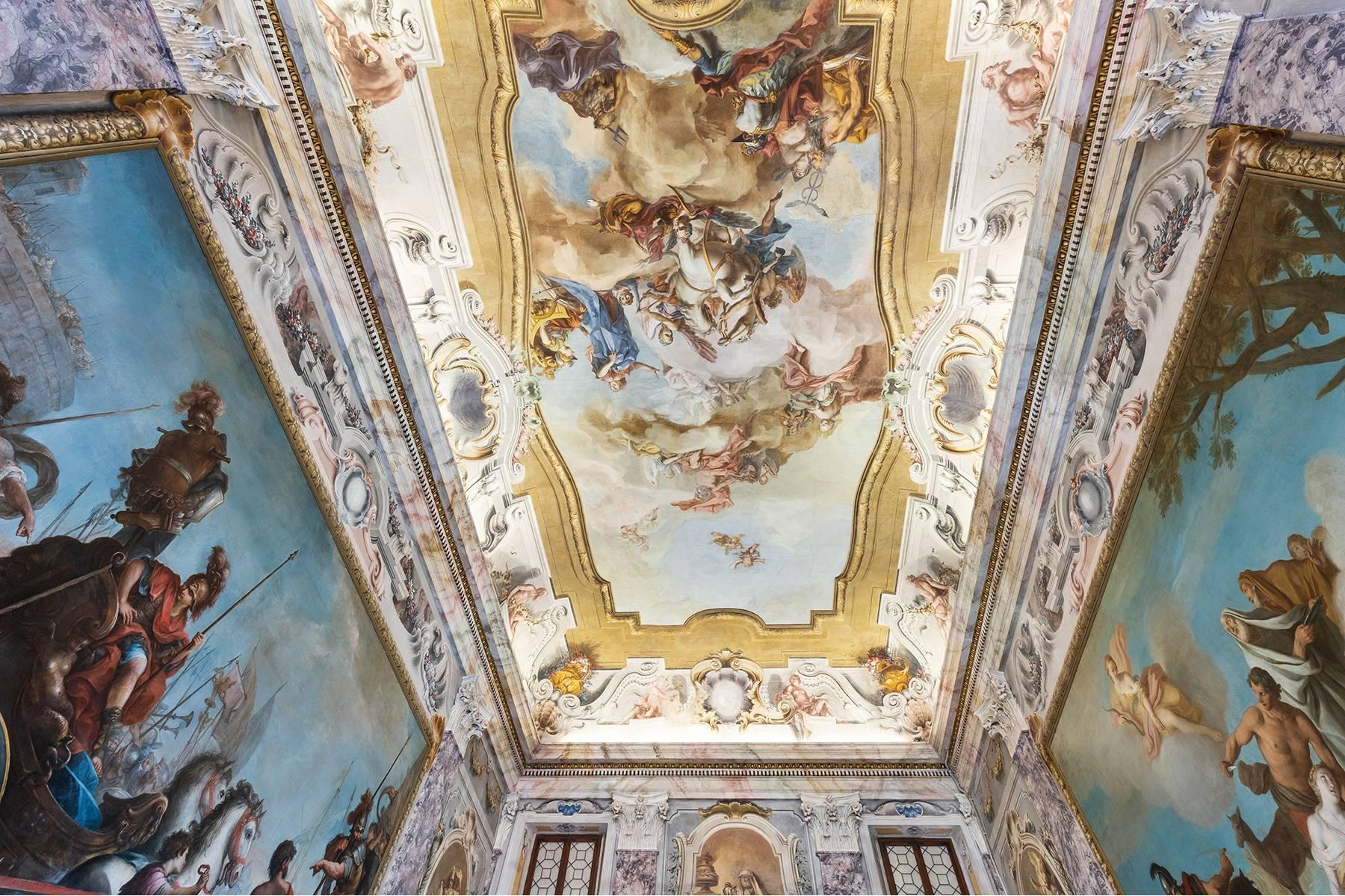 Magnifico Piano nobile affrescato in centro a Verona - 2