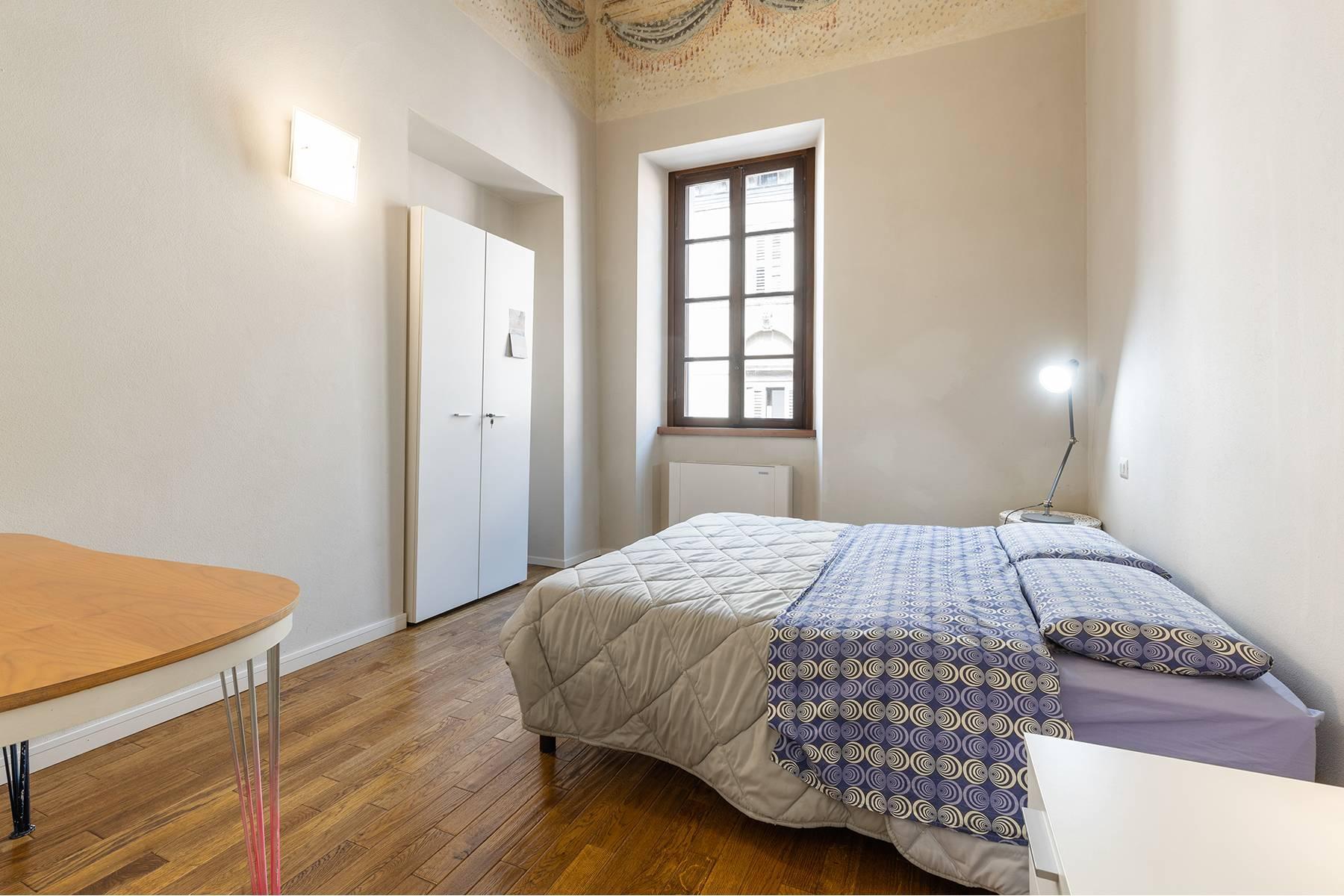 Великолепный апартамент с фресками в центре Вероны - 7