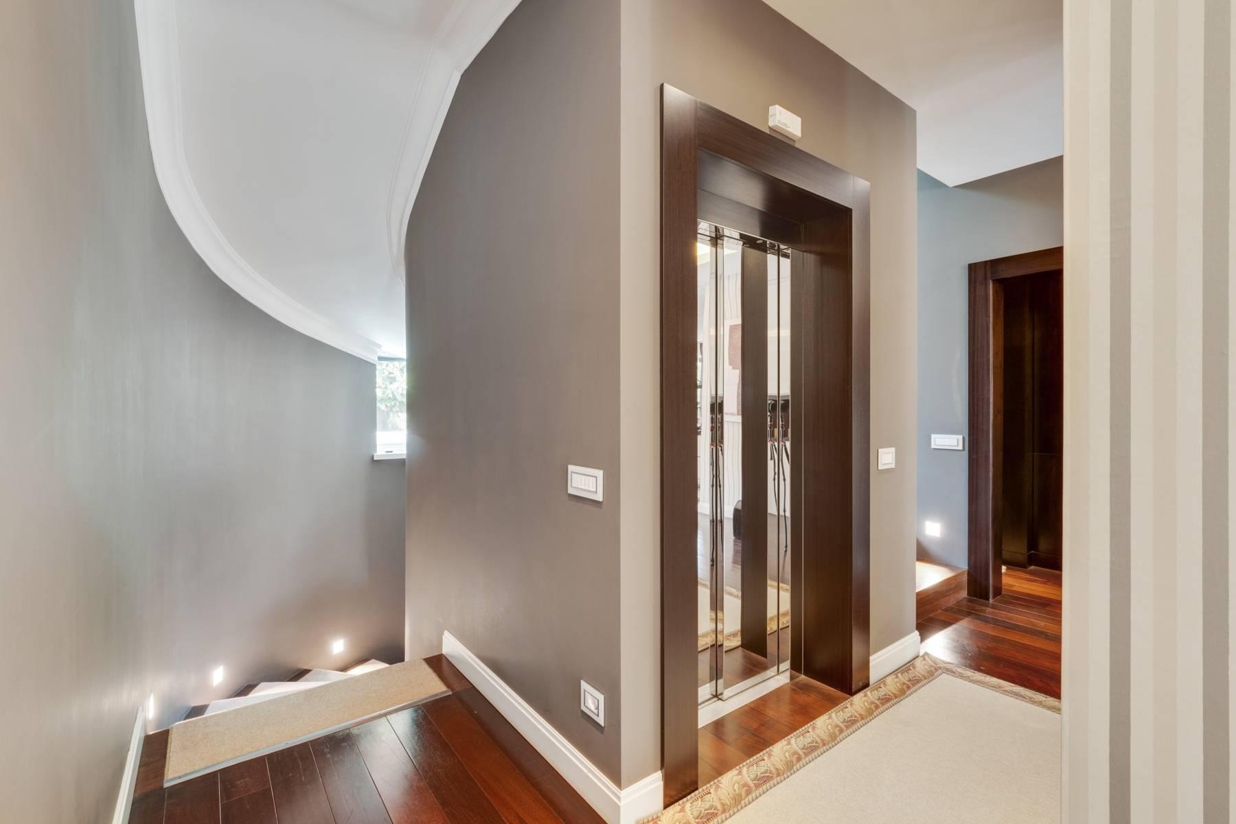 Красивый дизайнерский дом с видом на озеро в самом центре Палланцы - 18