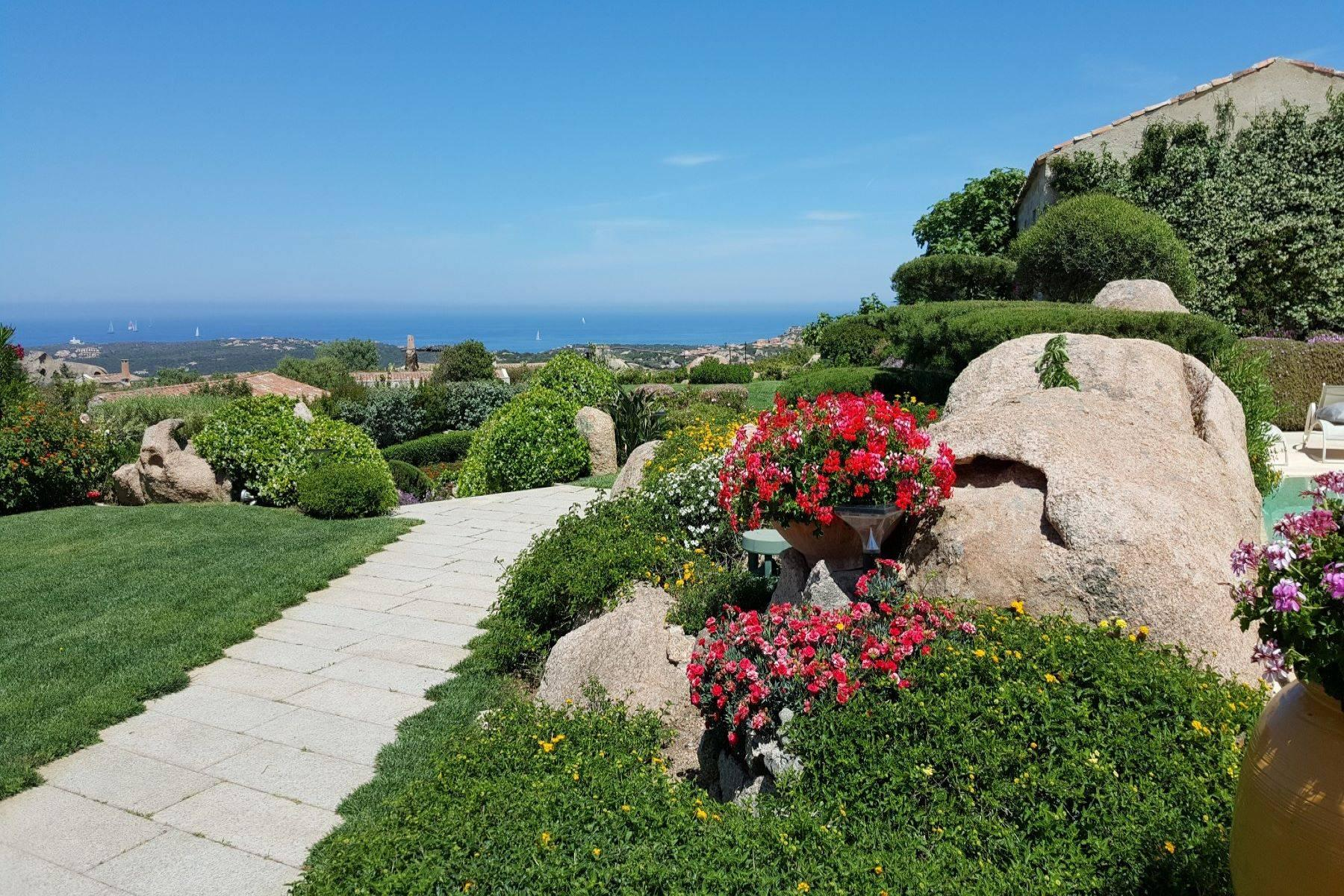 Exclusive property with stunning sea views overlooking the Costa Smeralda - 16