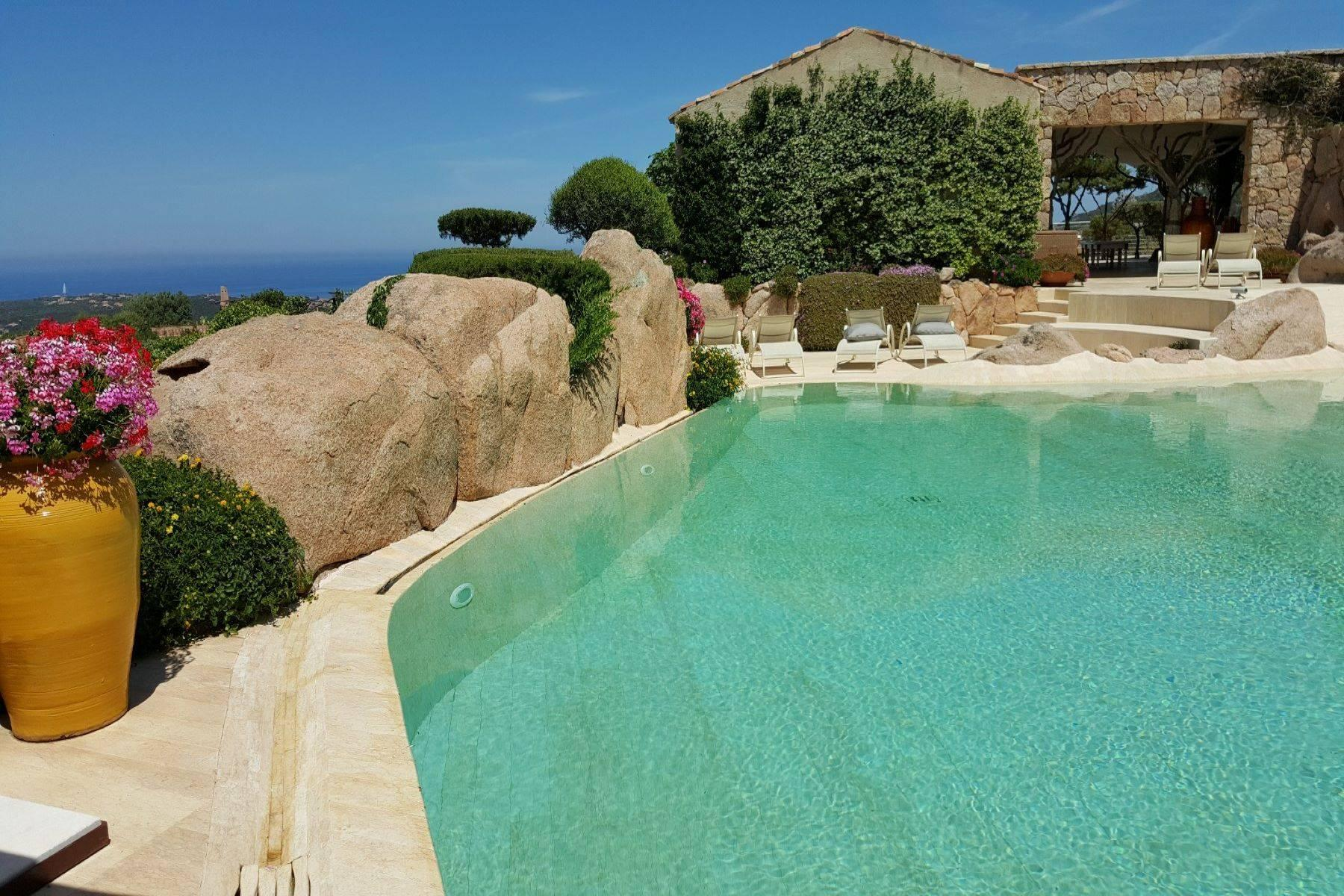 Exclusive property with stunning sea views overlooking the Costa Smeralda - 14
