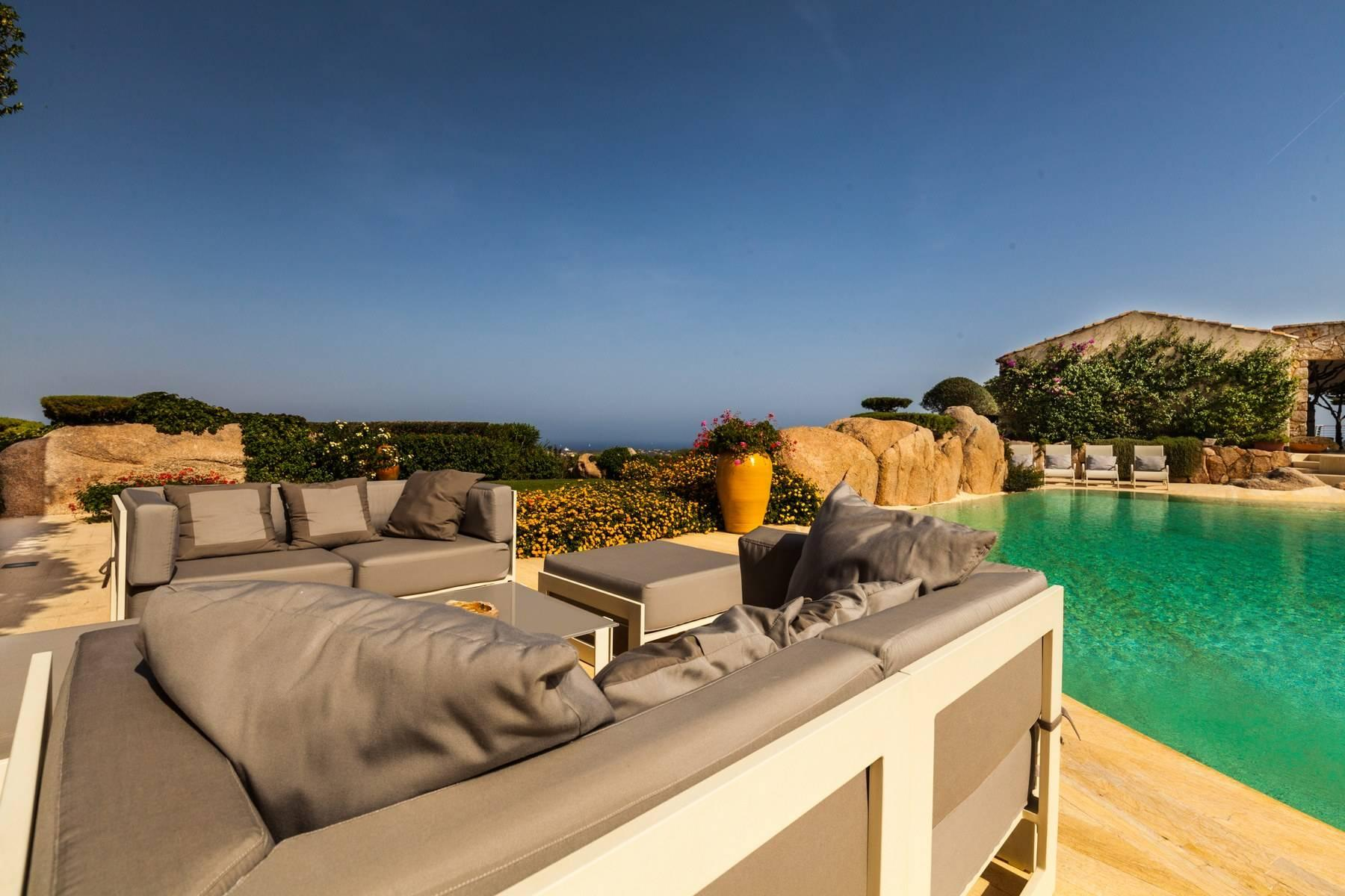 Exclusive property with stunning sea views overlooking the Costa Smeralda - 2