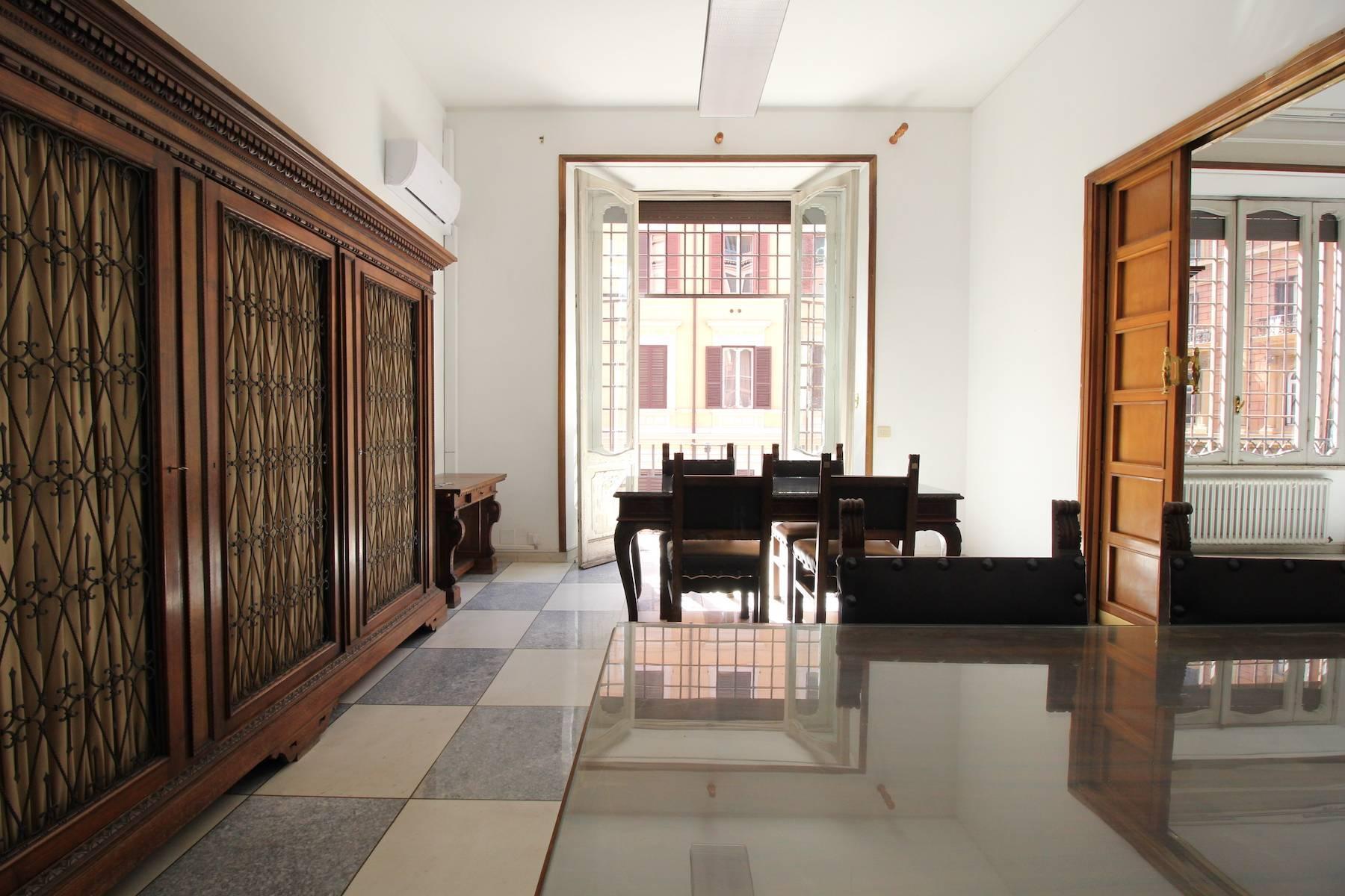 Prestigioso ufficio nel centro storico di Roma - 13