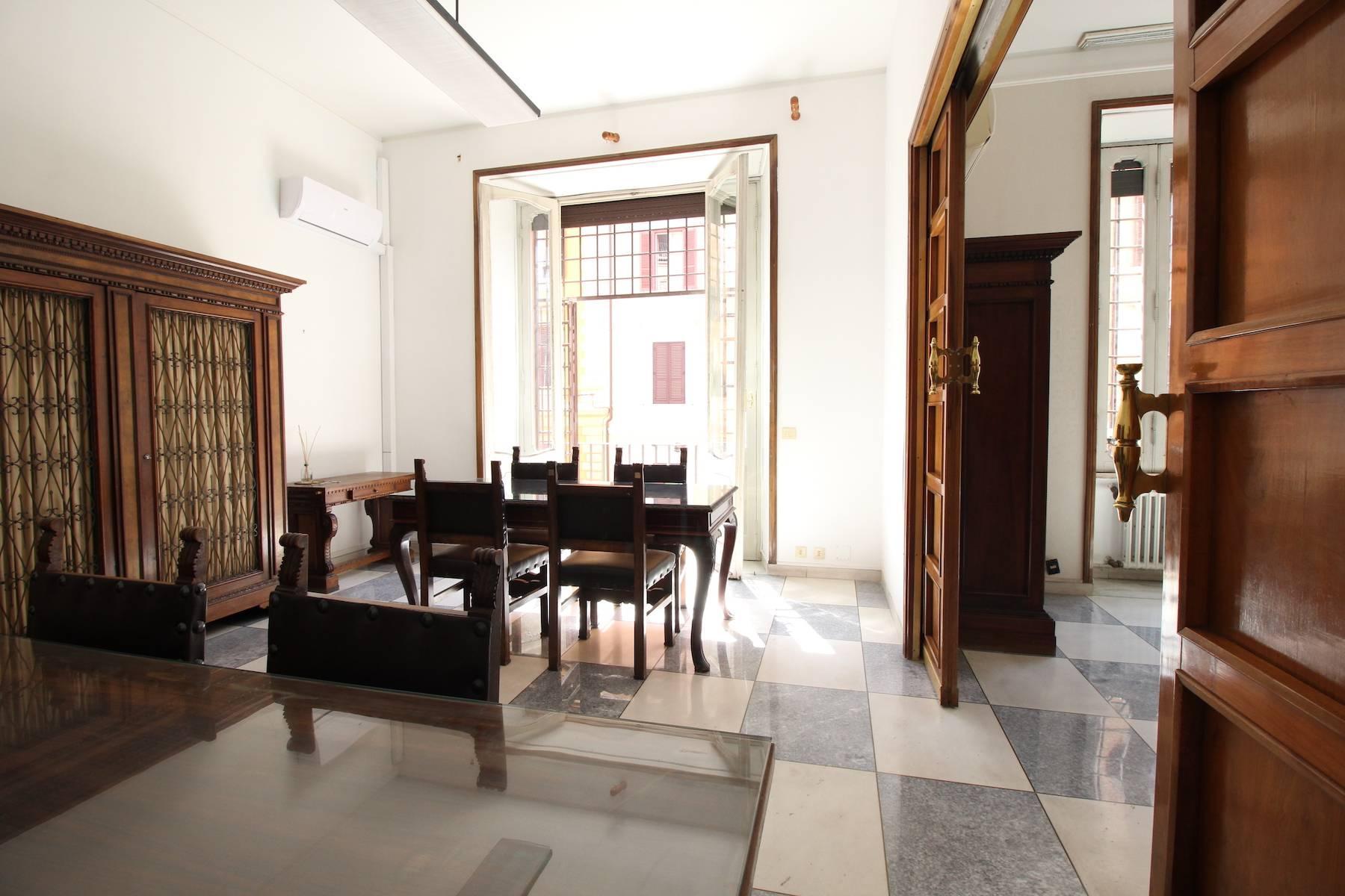 Prestigioso ufficio nel centro storico di Roma - 14