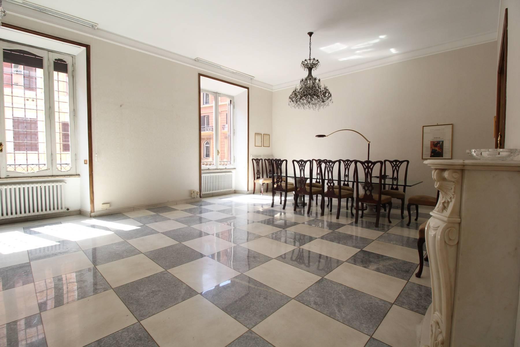 Prestigioso ufficio nel centro storico di Roma - 15