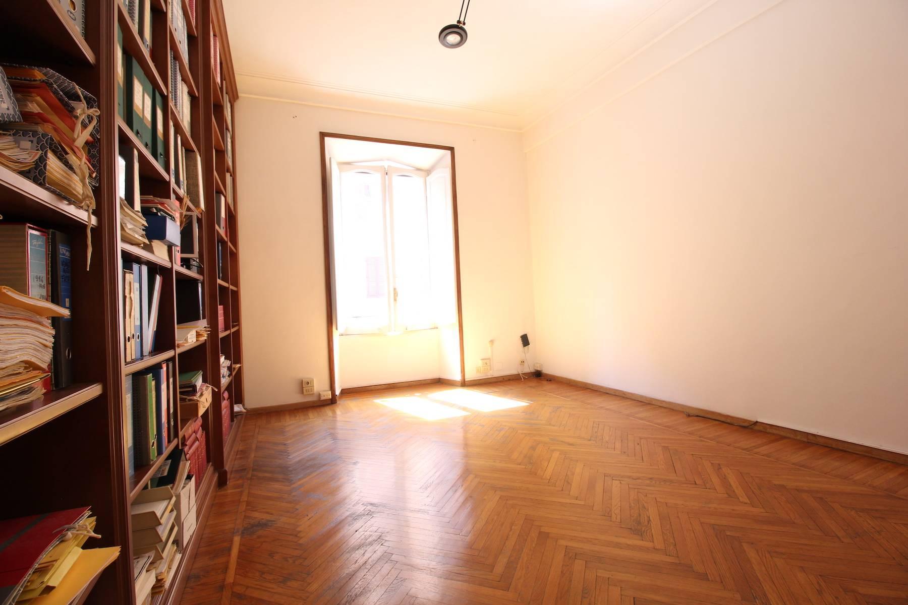 Prestigioso ufficio nel centro storico di Roma - 27