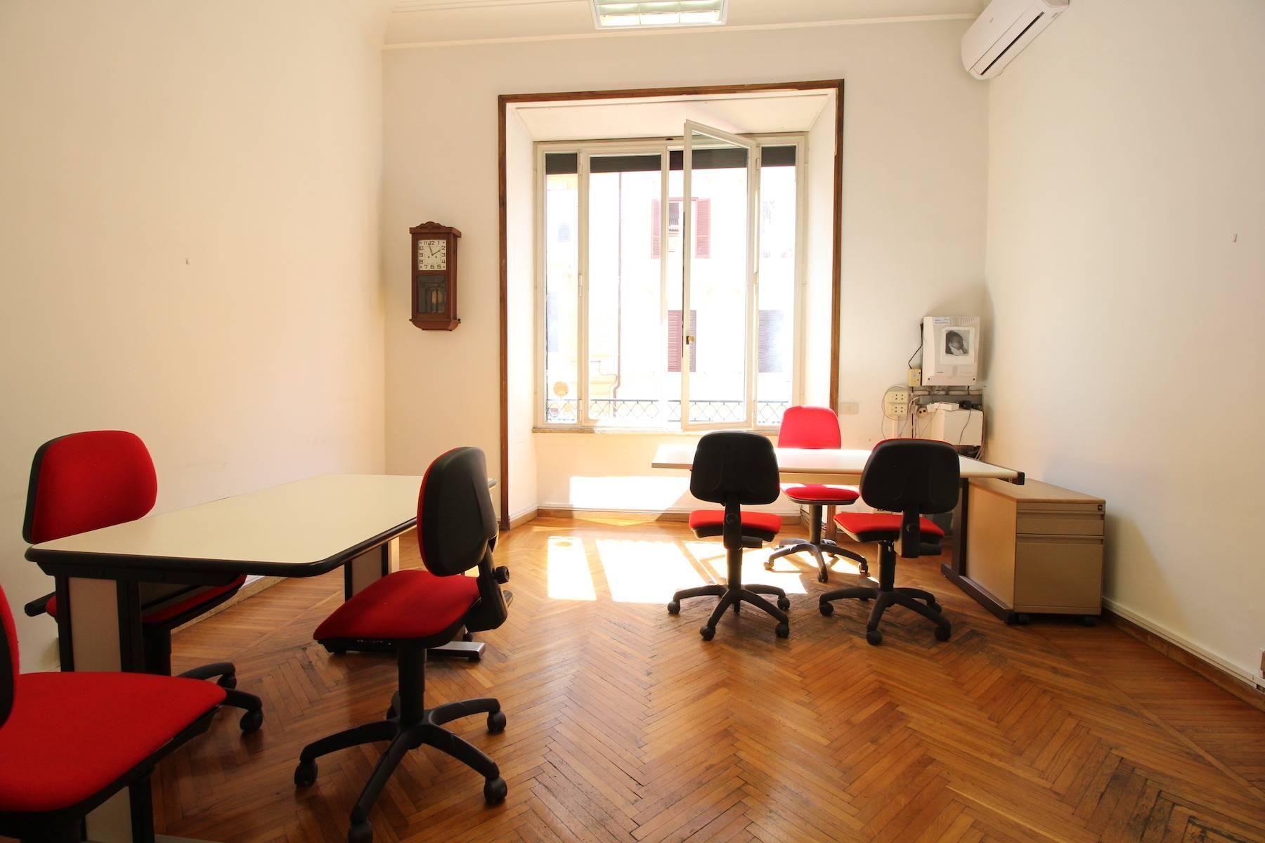 Prestigioso ufficio nel centro storico di Roma - 30
