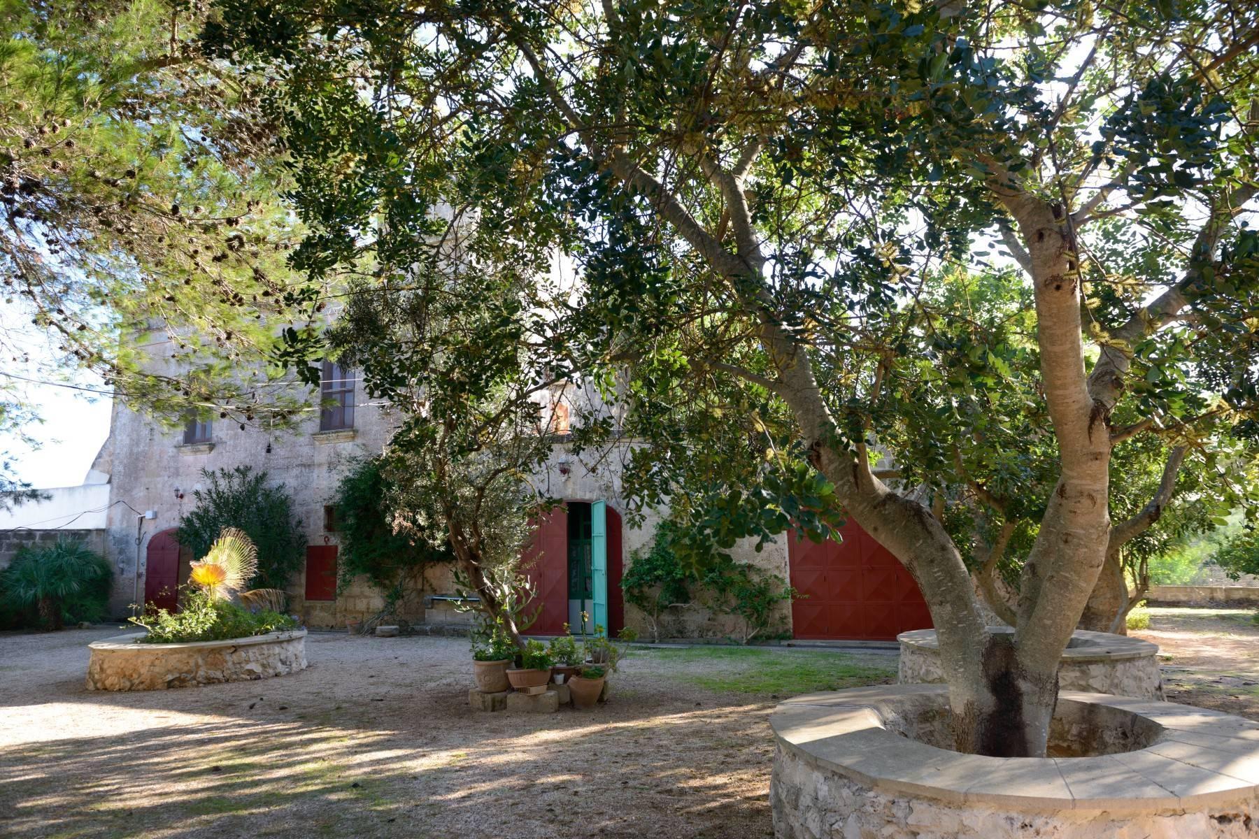坐落于著名的Masseria Caracciolo住宅区内的优雅别墅 - 1