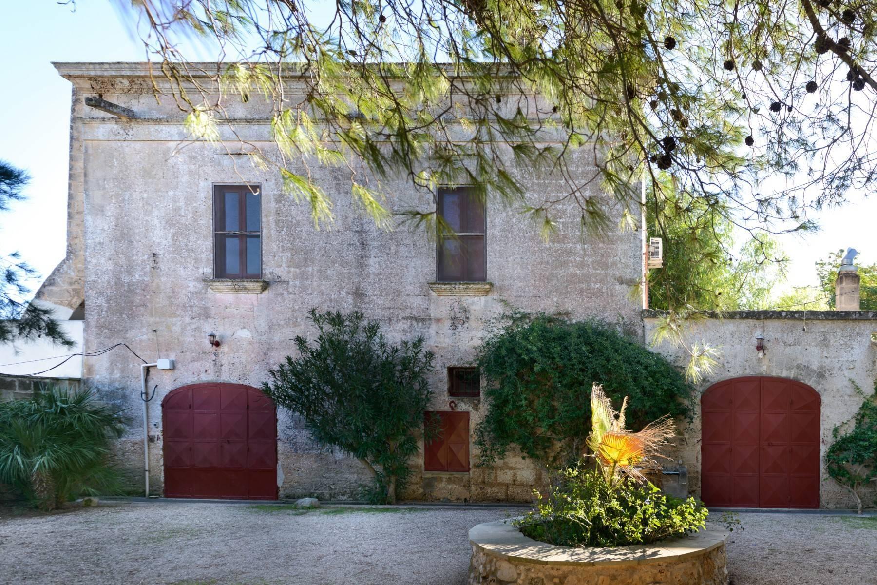 坐落于著名的Masseria Caracciolo住宅区内的优雅别墅 - 2