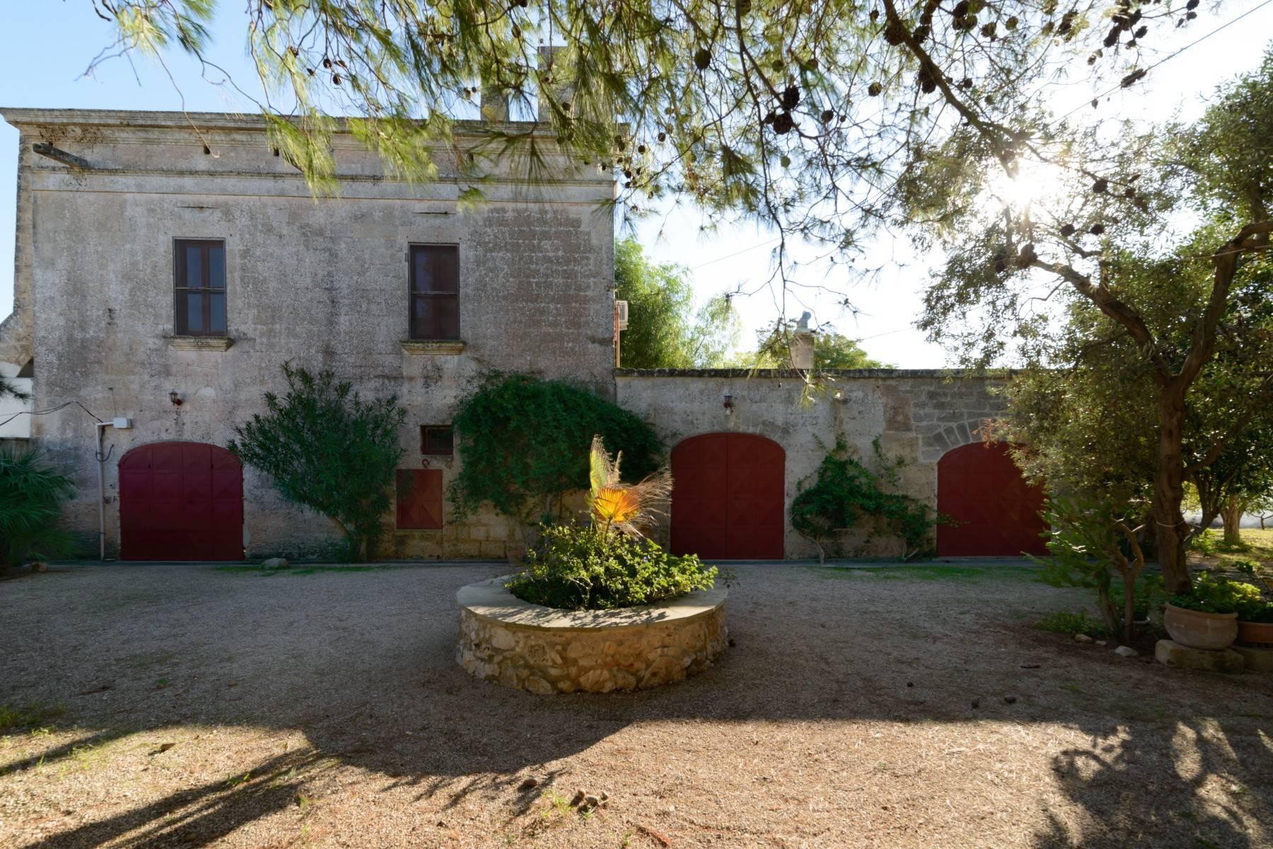 坐落于著名的Masseria Caracciolo住宅区内的优雅别墅 - 3