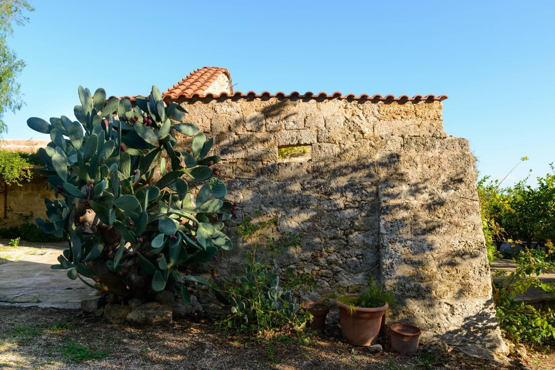 坐落于著名的Masseria Caracciolo住宅区内的优雅别墅 - 7