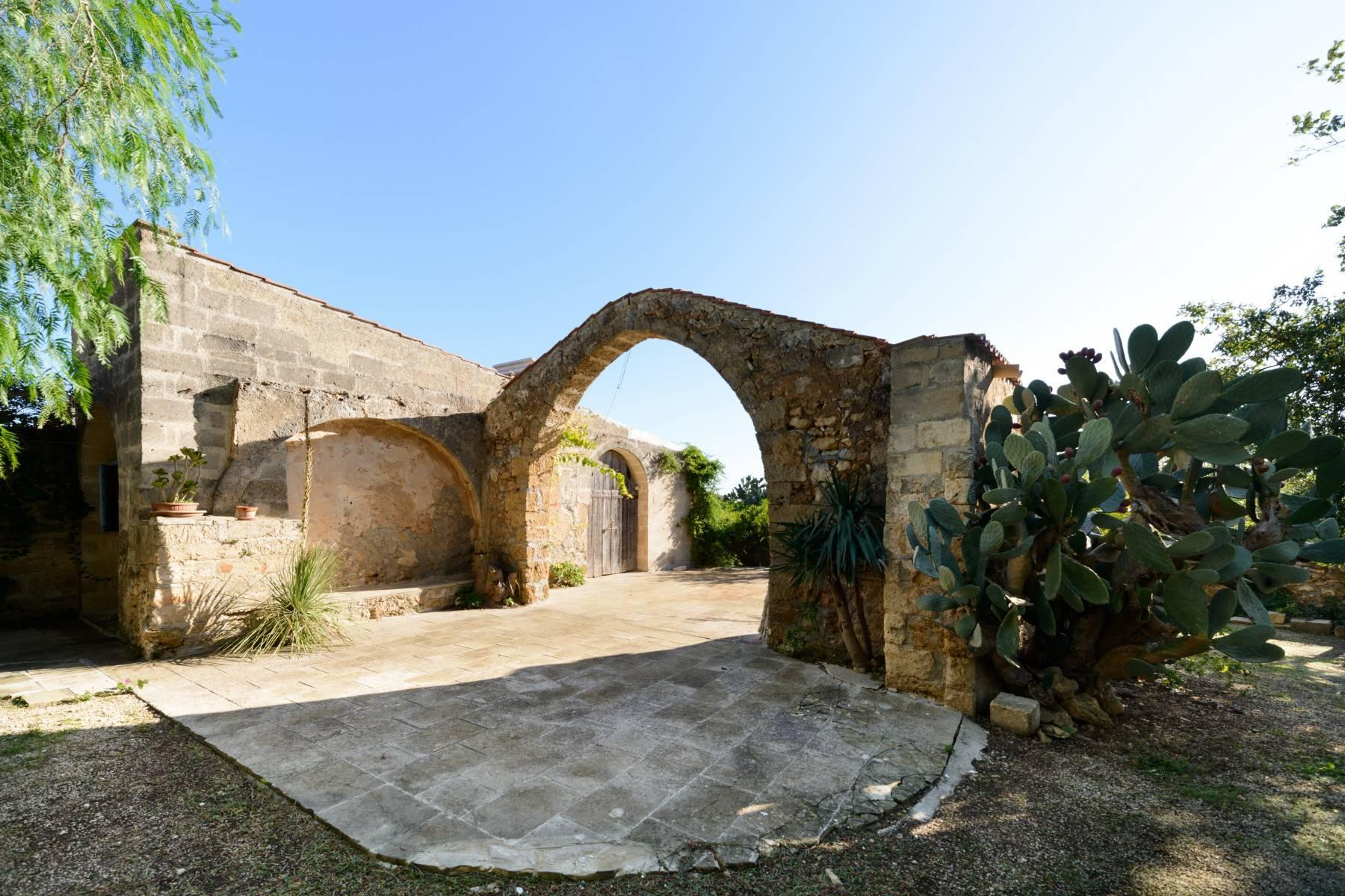 Luxury farmhouse in the heart of Salento - 14
