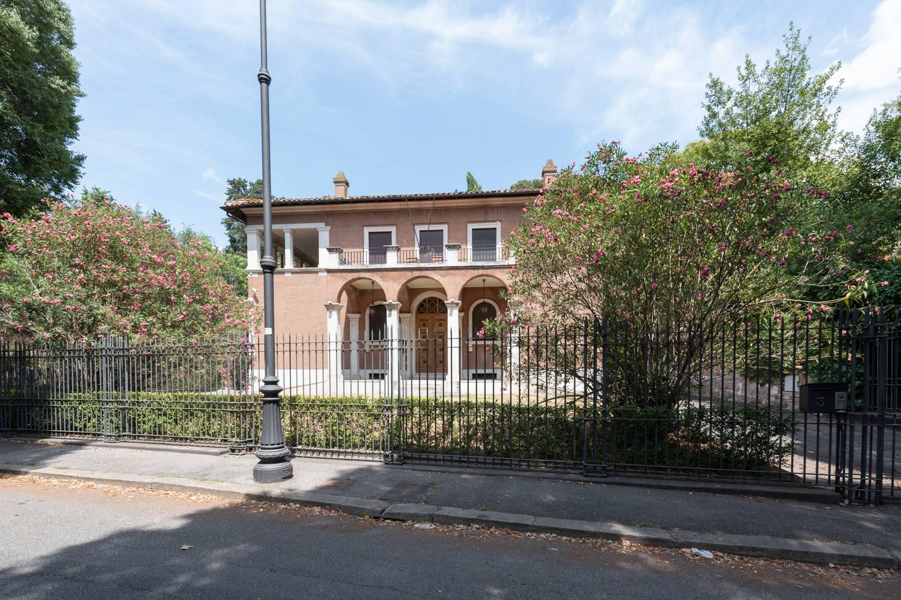 Elegant classical  Villa in the heart of Rome's archaeological ruins - 4
