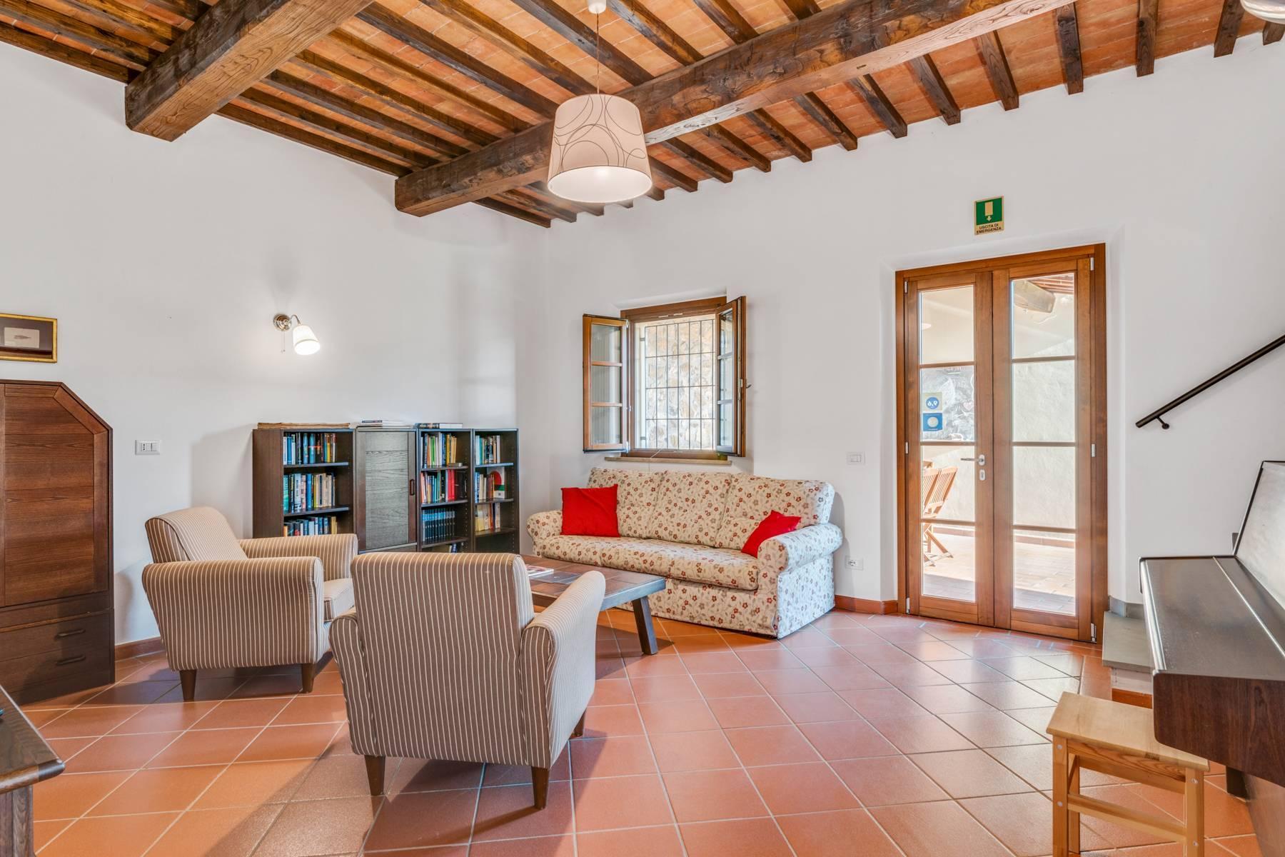 Charmante maison de campagne avec piscine sur les collines toscanes - 14