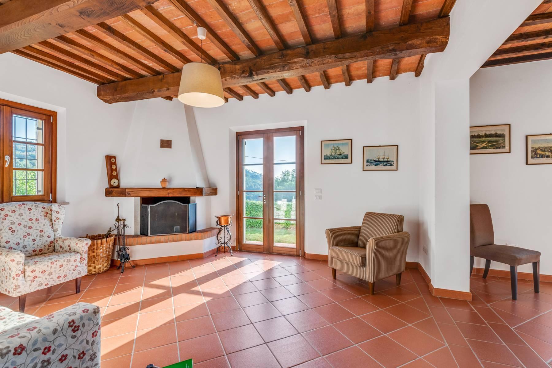 Bauernhaus mit Pool auf den Hügeln der Toskana - 15