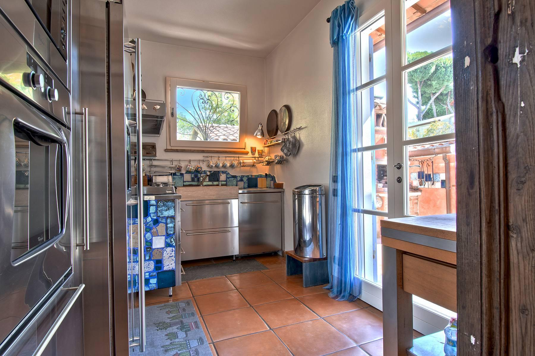 Delightful villa a few steps from the beaches of Versilia - 8